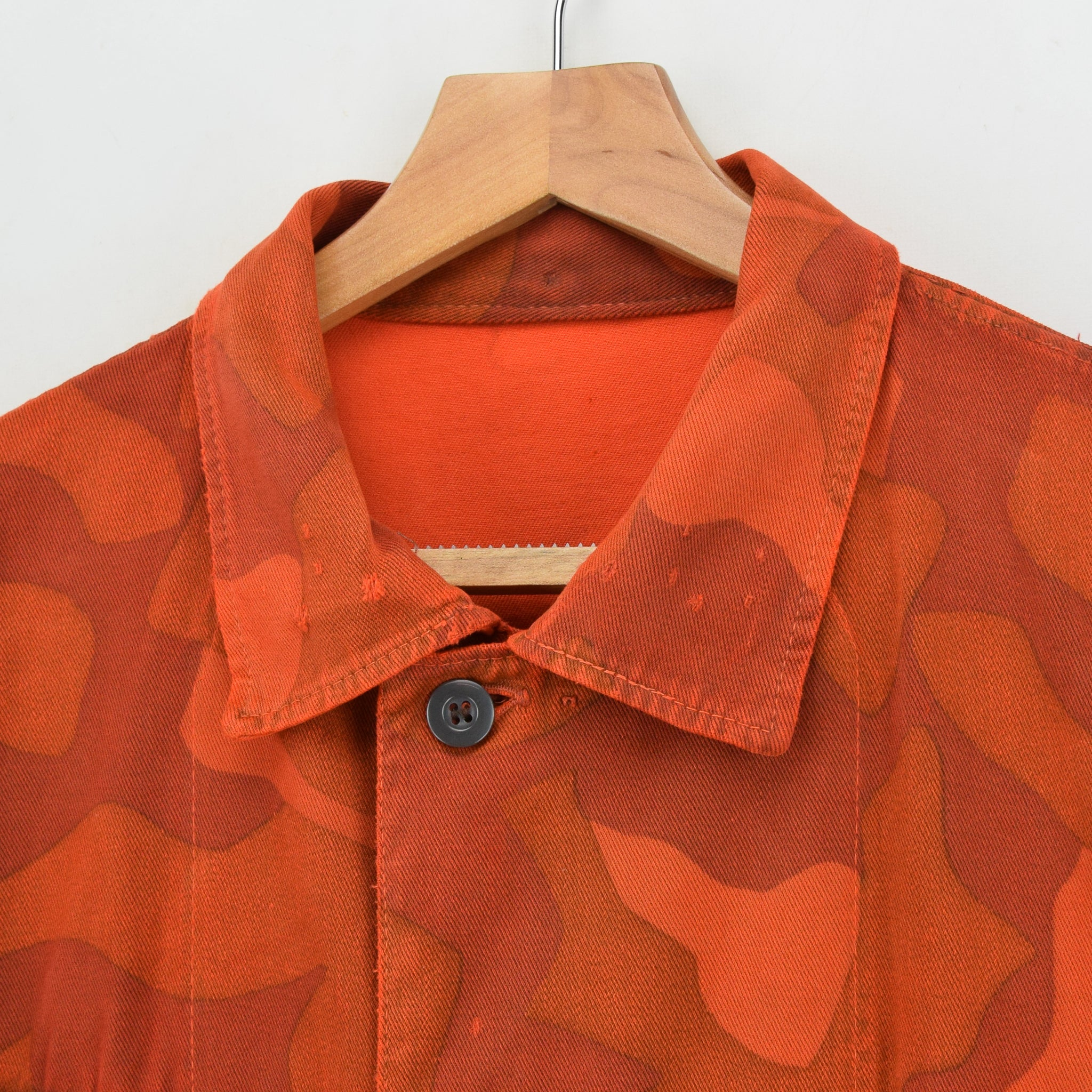 Vintage 70s Military Finnish Army Orange Overdyed Camo Mountain Field Jacket L collar