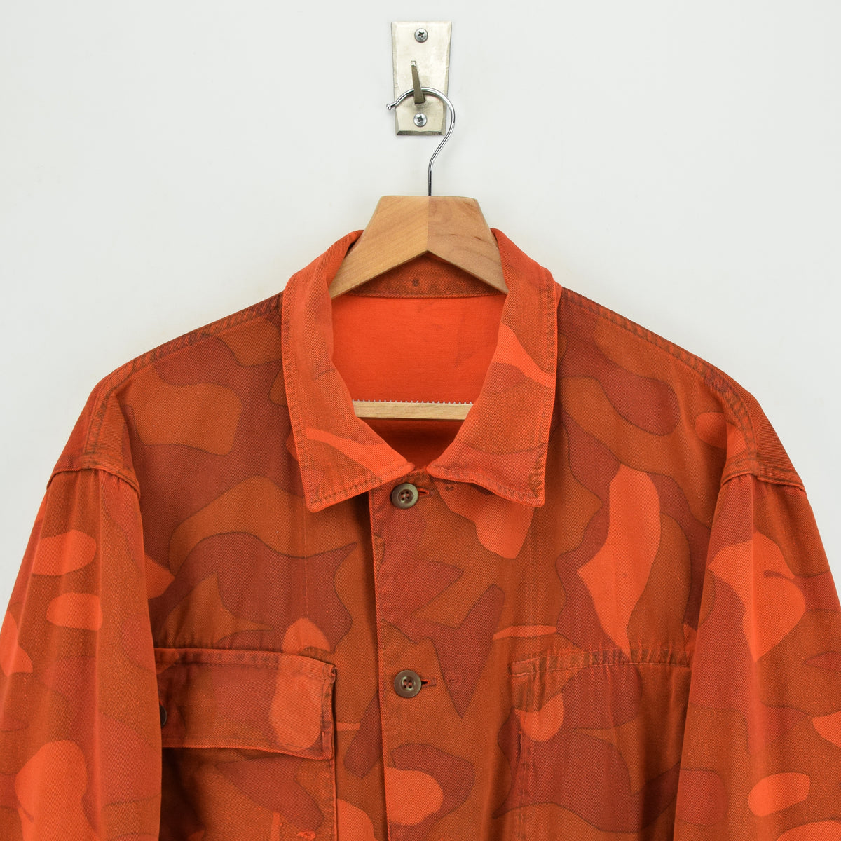 Vintage 70s Military Finnish Army Orange Overdyed Camo Mountain Field Jacket XL chest