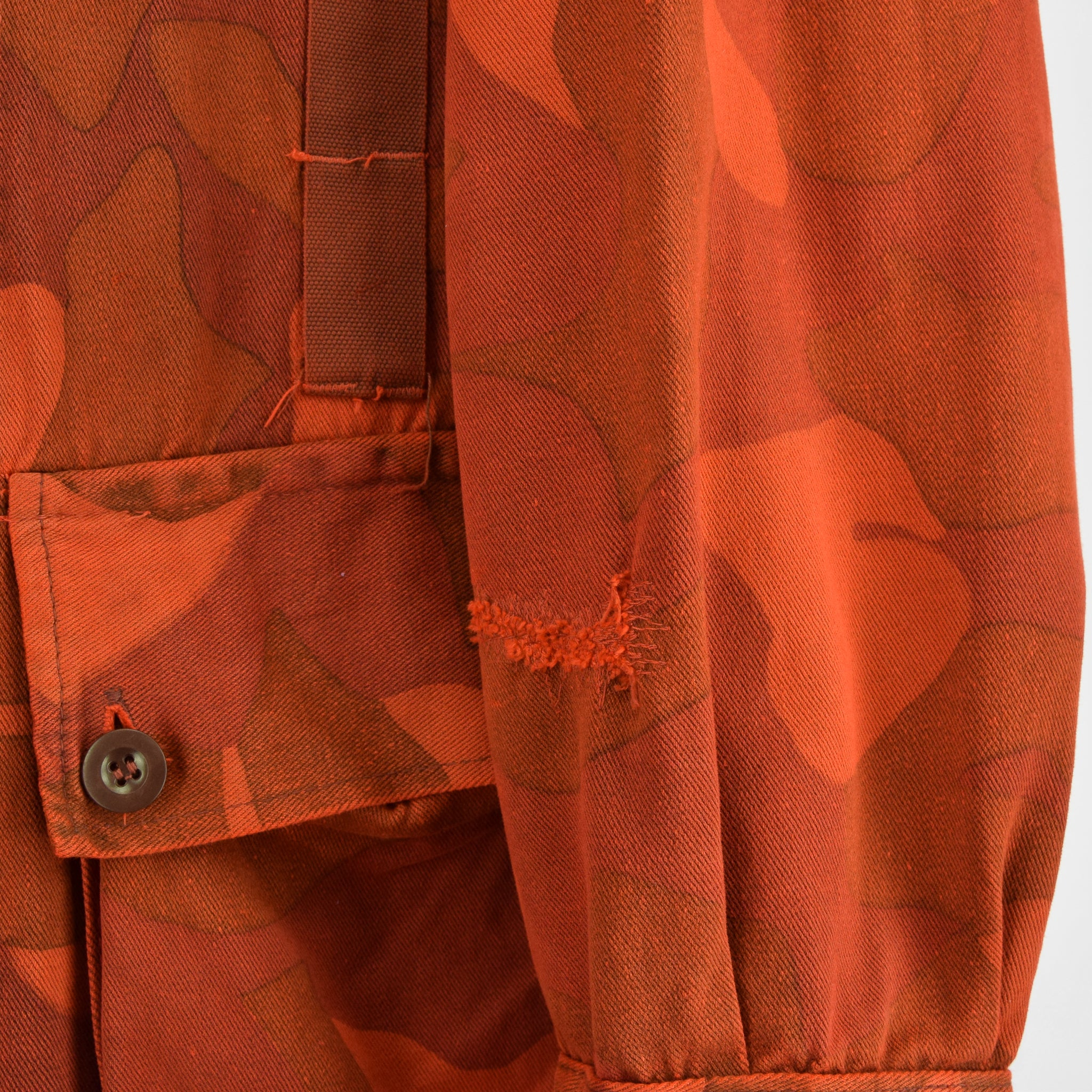 Vintage 70s Military Finnish Army Orange Overdyed Camo Mountain Field Jacket XL arm