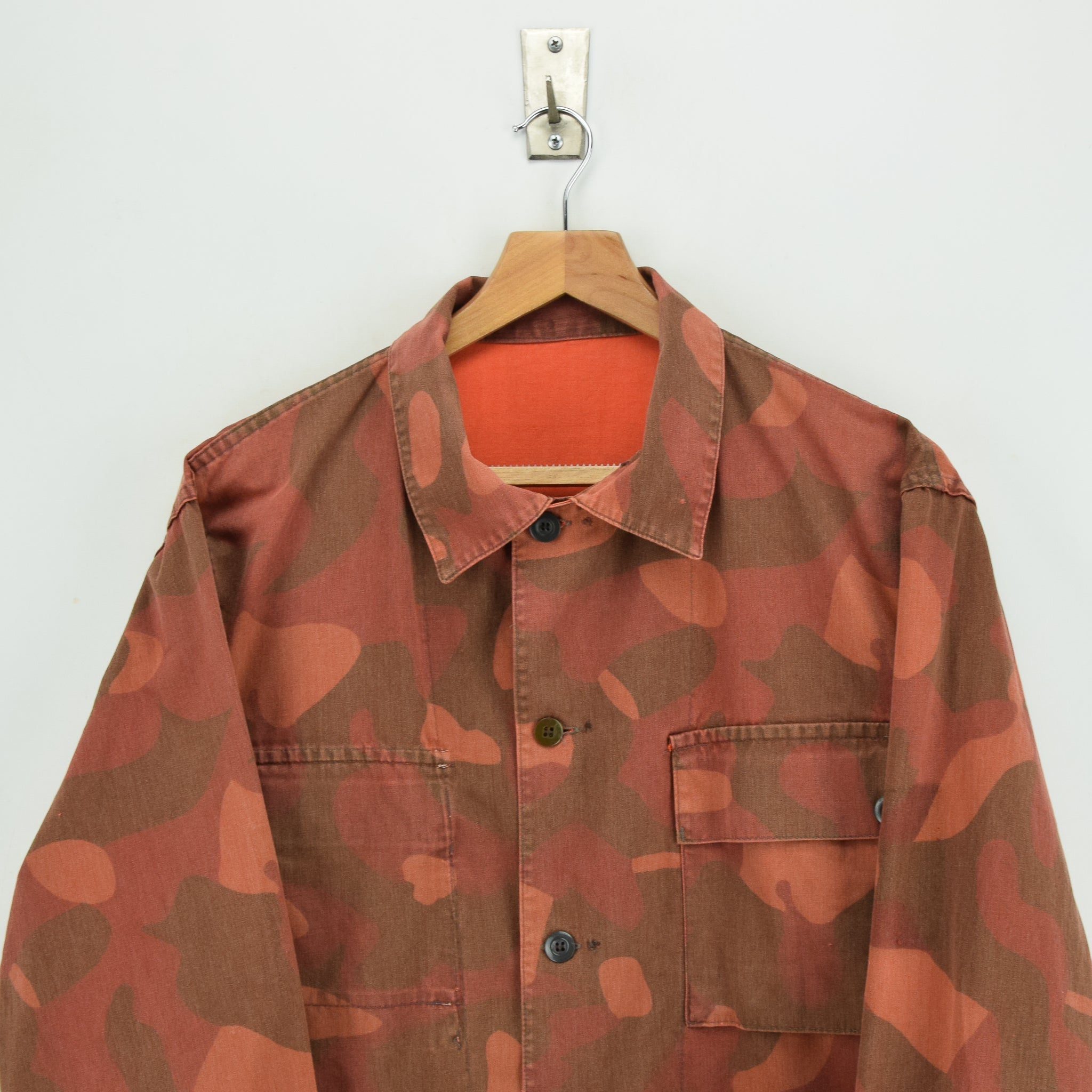 Vintage 80s Military Finnish Army Orange Overdyed Camo Mountain Field Jacket L chest