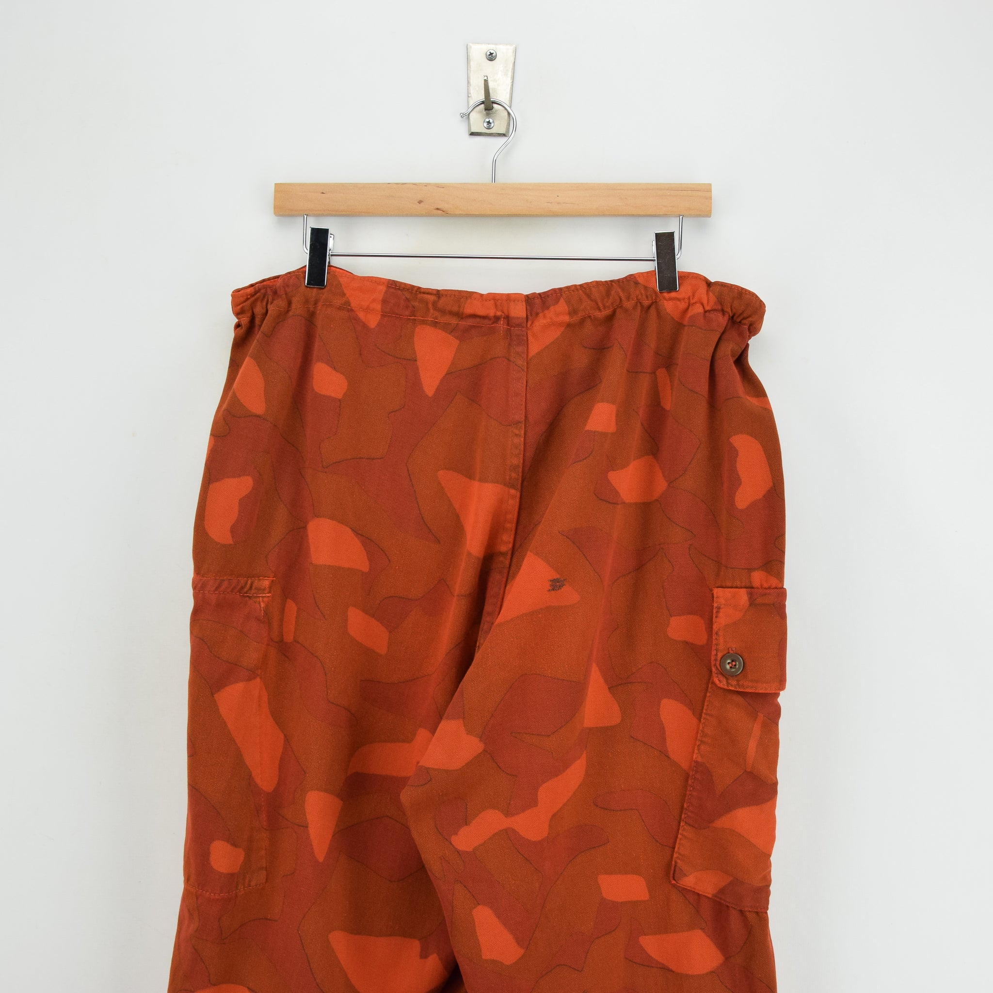 Vintage Military Finnish Army Orange Overdyed Camo Mountain Trousers 34-36 W back waist
