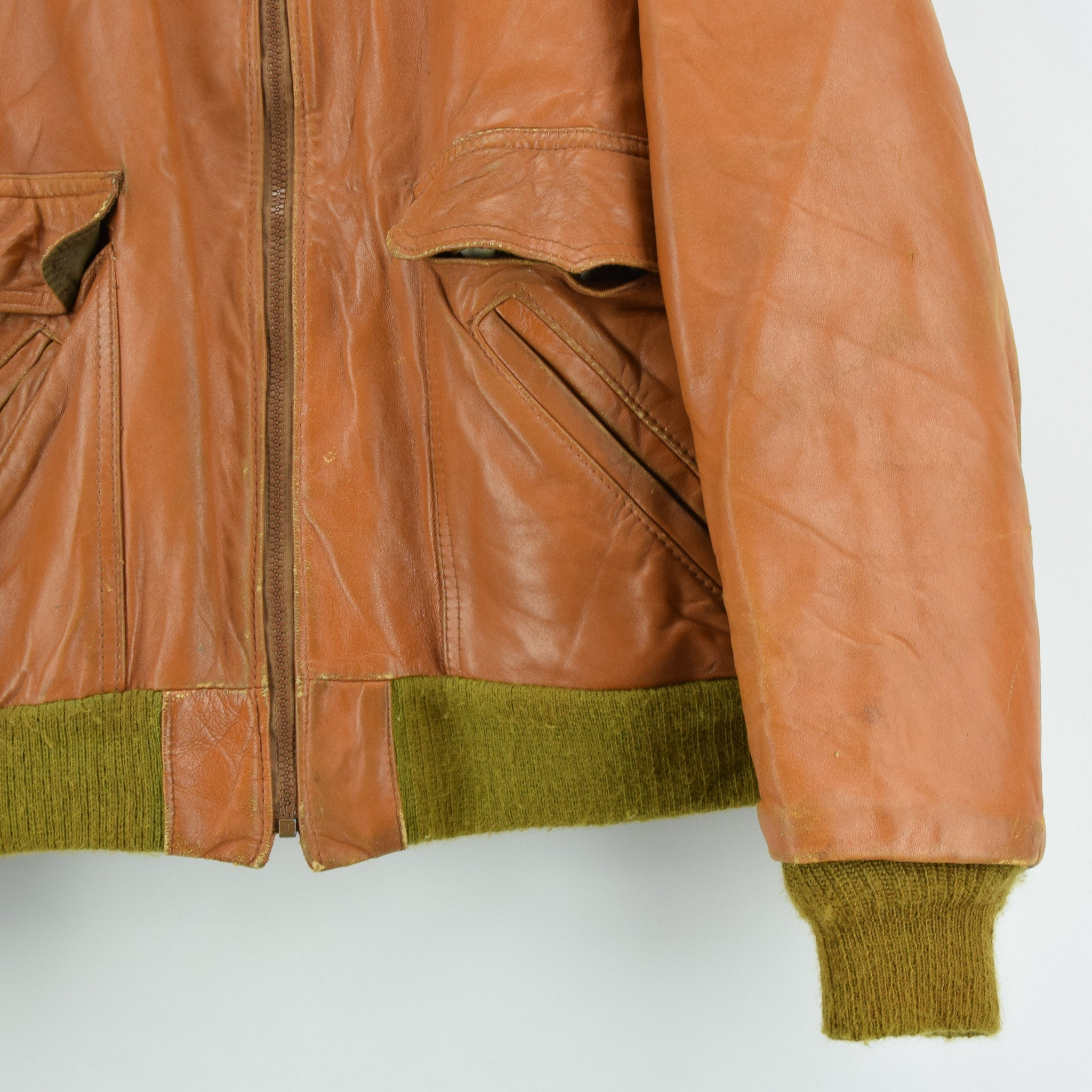Vintage Wellington Tan Brown Leather Flight Bomber Jacket Made in USA L