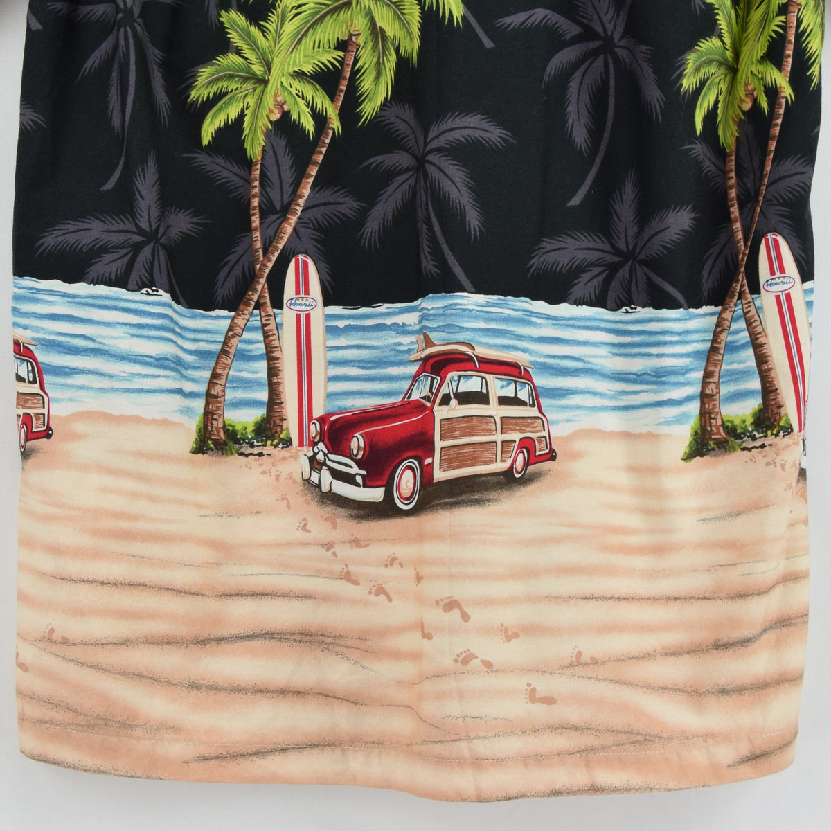 Vintage Hawaiian Beach Aloha Holiday Shirt Made in USA Short Sleeve S back hem