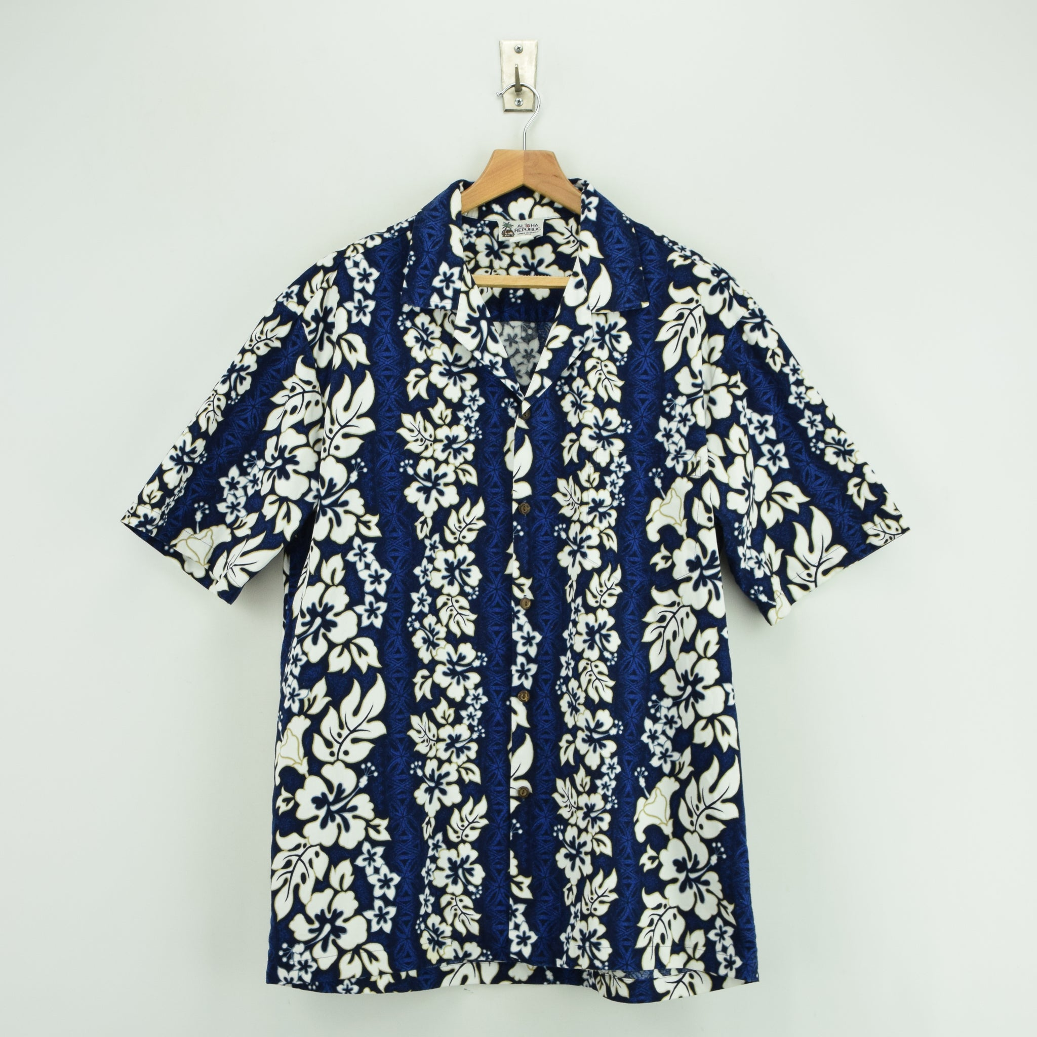 faaf0d3c Vintage Hawaiian Blue Beach Aloha Holiday Shirt Made in USA Short Sleeve L  / XL front ...