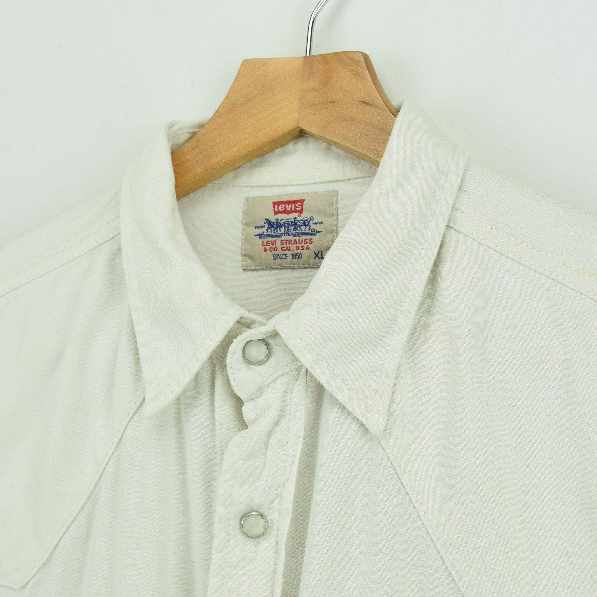 Vintage Levi's Red Tab Off White Cotton Western Cowboy Shirt XL collar