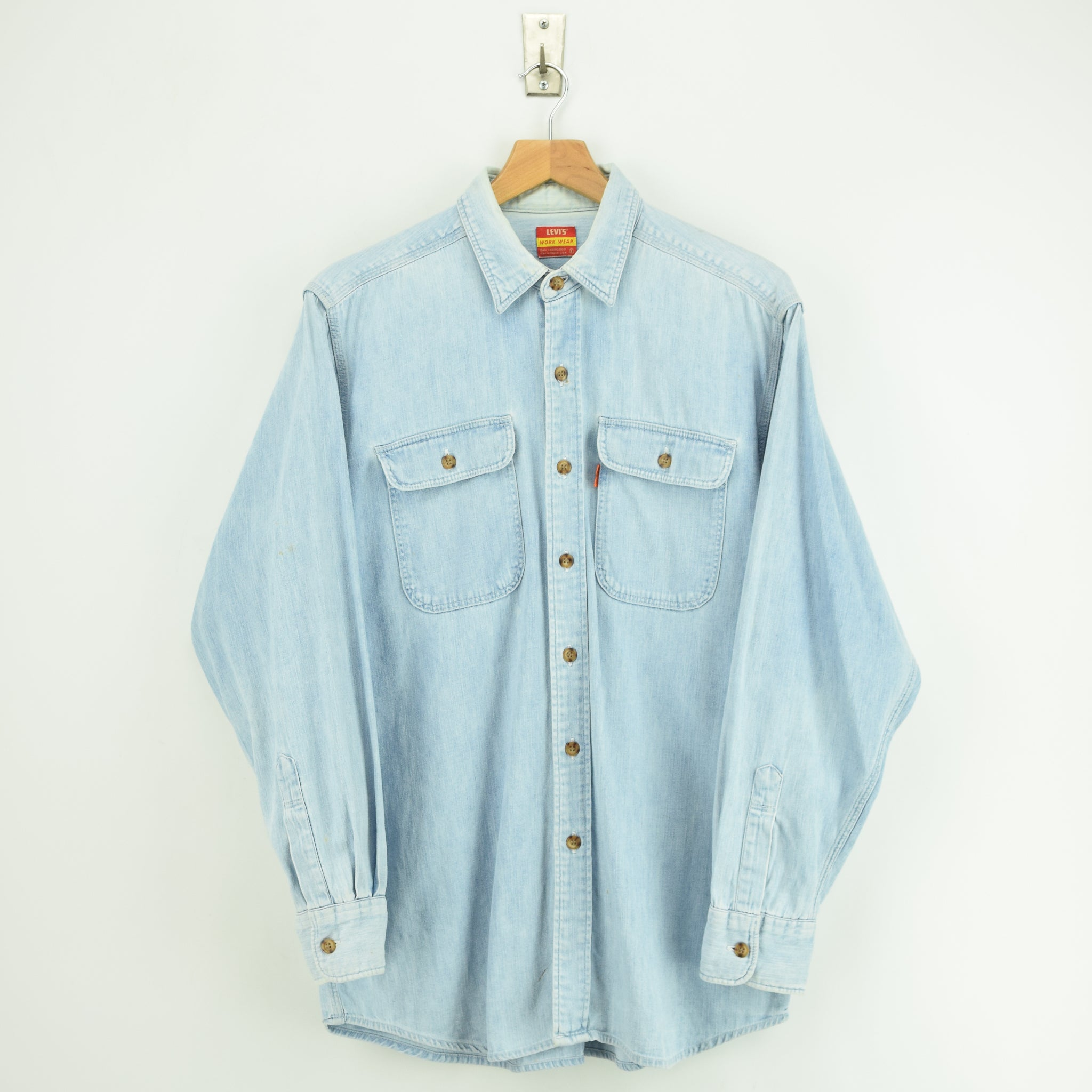656937aedc0 Vintage Levi s Work Wear Orange Tab Stonewash Blue Denim Shirt L front ...
