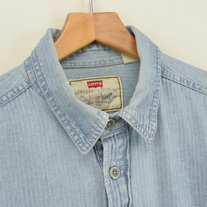 Vintage Levi Strauss Overhead Blue Cotton Pullover Long Sleeved Shirt L / XL collar