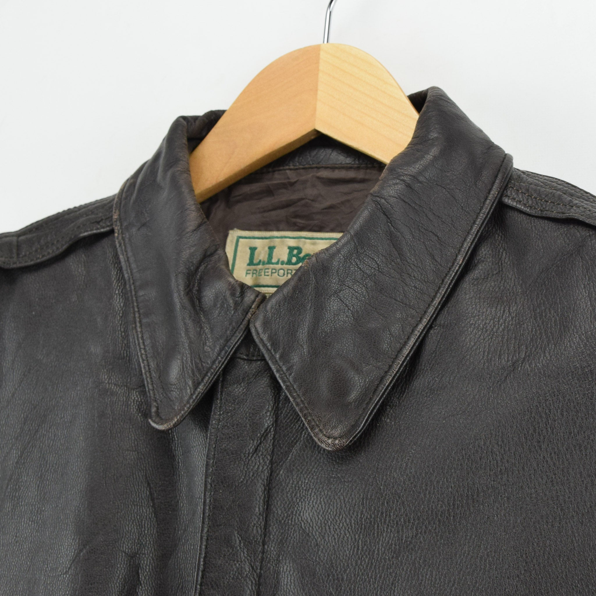 Vintage LL Bean A-2 Brown Leather Flight Bomber Jacket USA Made Scovill Zip XL collar