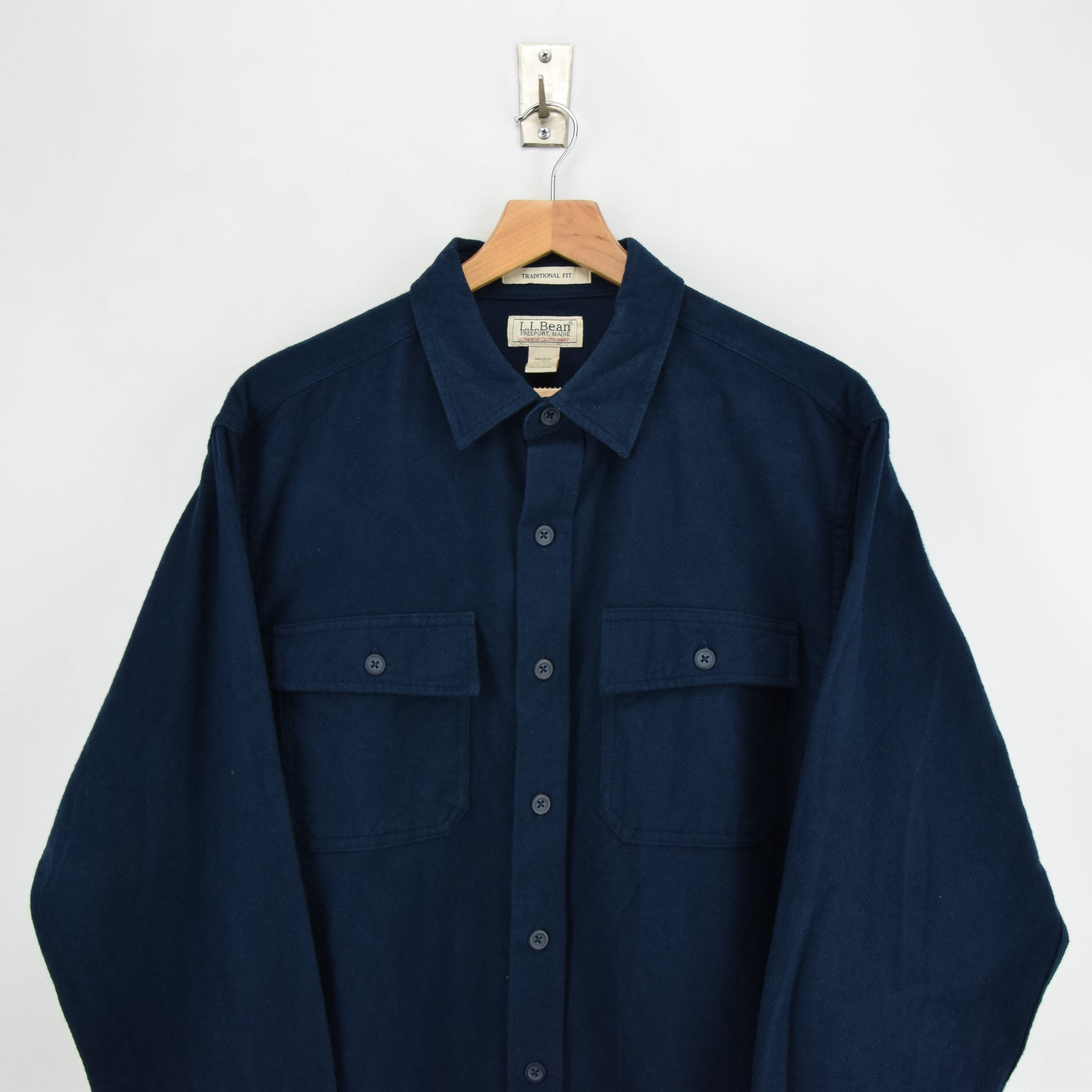 Vintage LL Bean Navy Blue Cotton Chamois Cloth Flannel Shirt Long Sleeve L Reg chest
