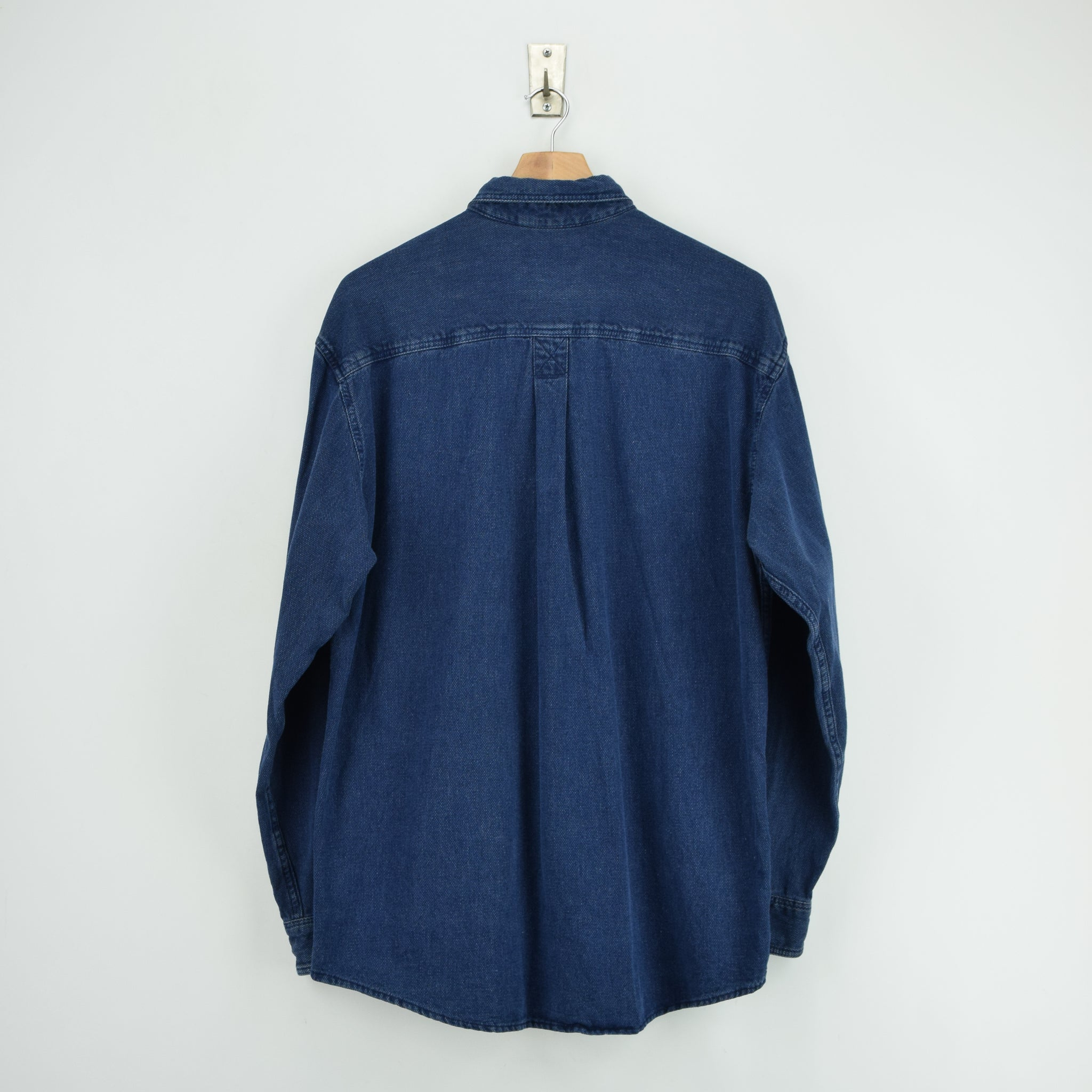 Vintage LL Bean AY45 Indigo Blue Cotton Shirt Long Sleeve Made in USA M Reg back