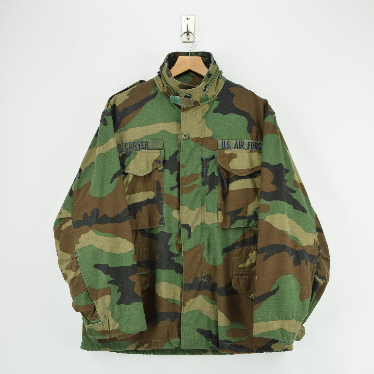 Vintage 80s M-65 Woodland Camouflage Field Coat Military US Air Force Jacket M FRONT