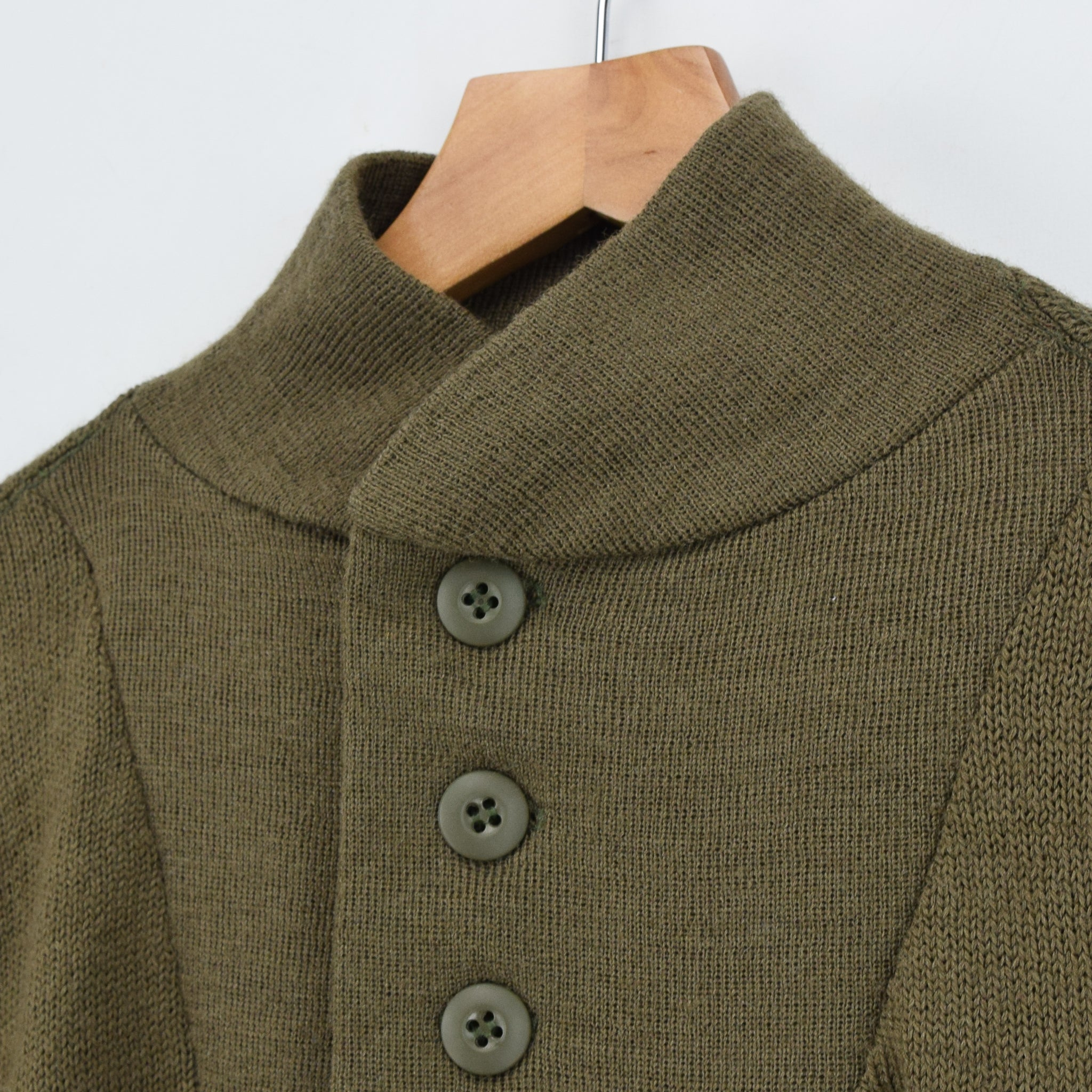 Vintage 60s US Army Military Sweater Olive Wool USA Made Button Pullover M collar front fastening buttons