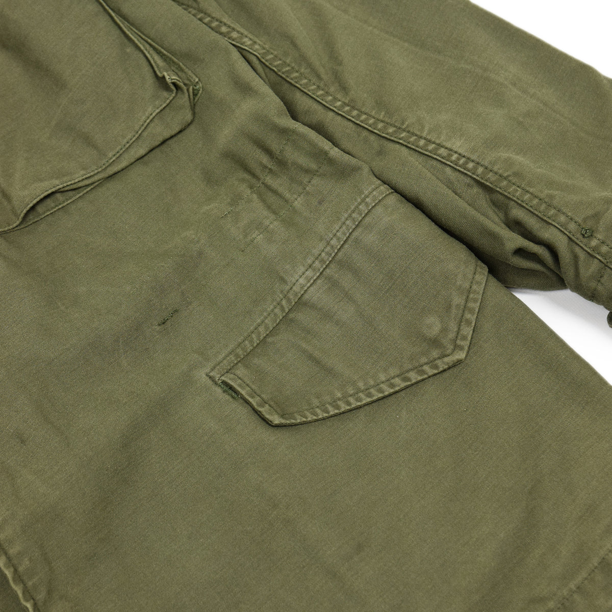 Vintage 60s Vietnam M-65 Man's Field Sateen 0G-107 Green US Army Coat XS pocket