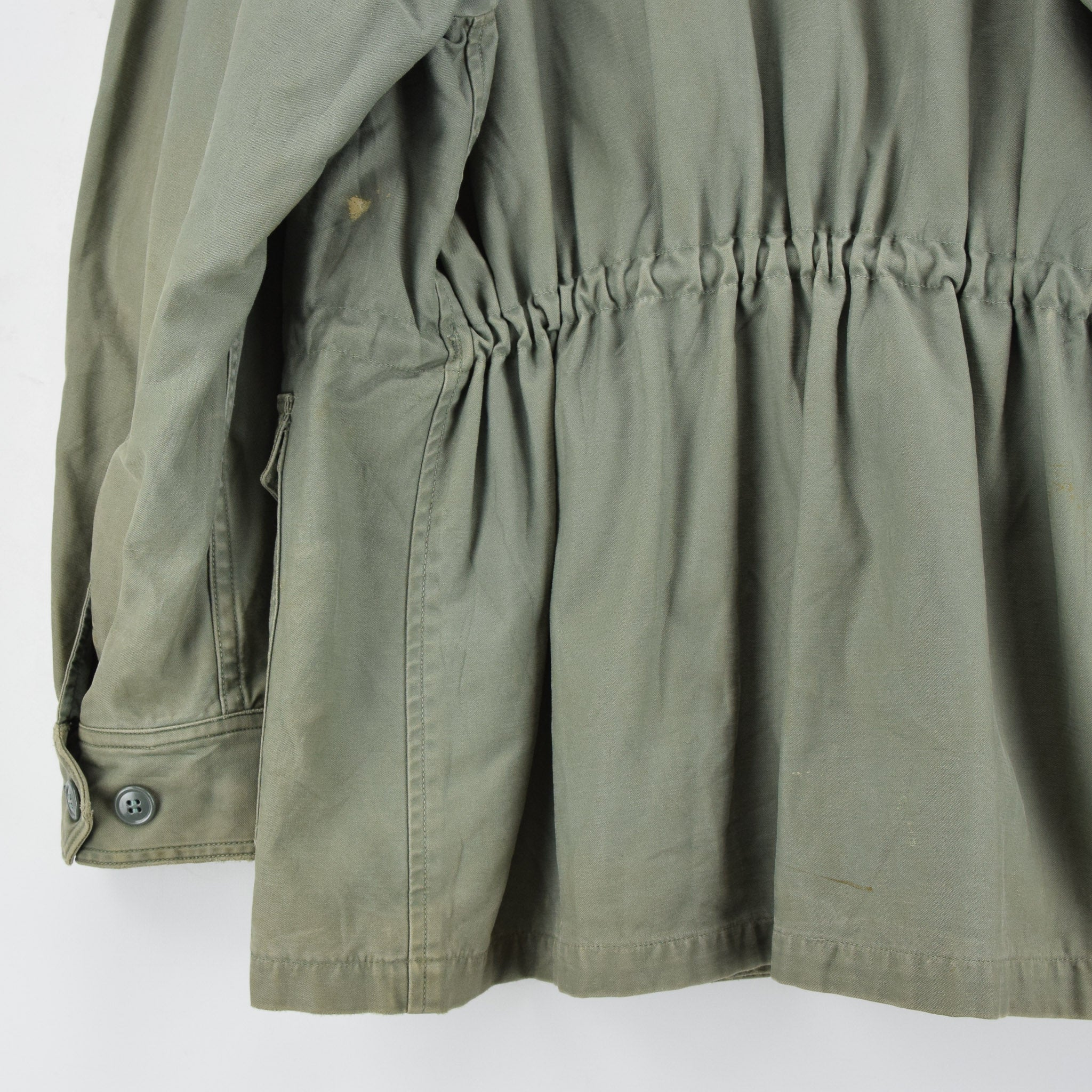 Vintage 60s Vietnam War US Air Force Field Jacket Olive Green USAF M back hem