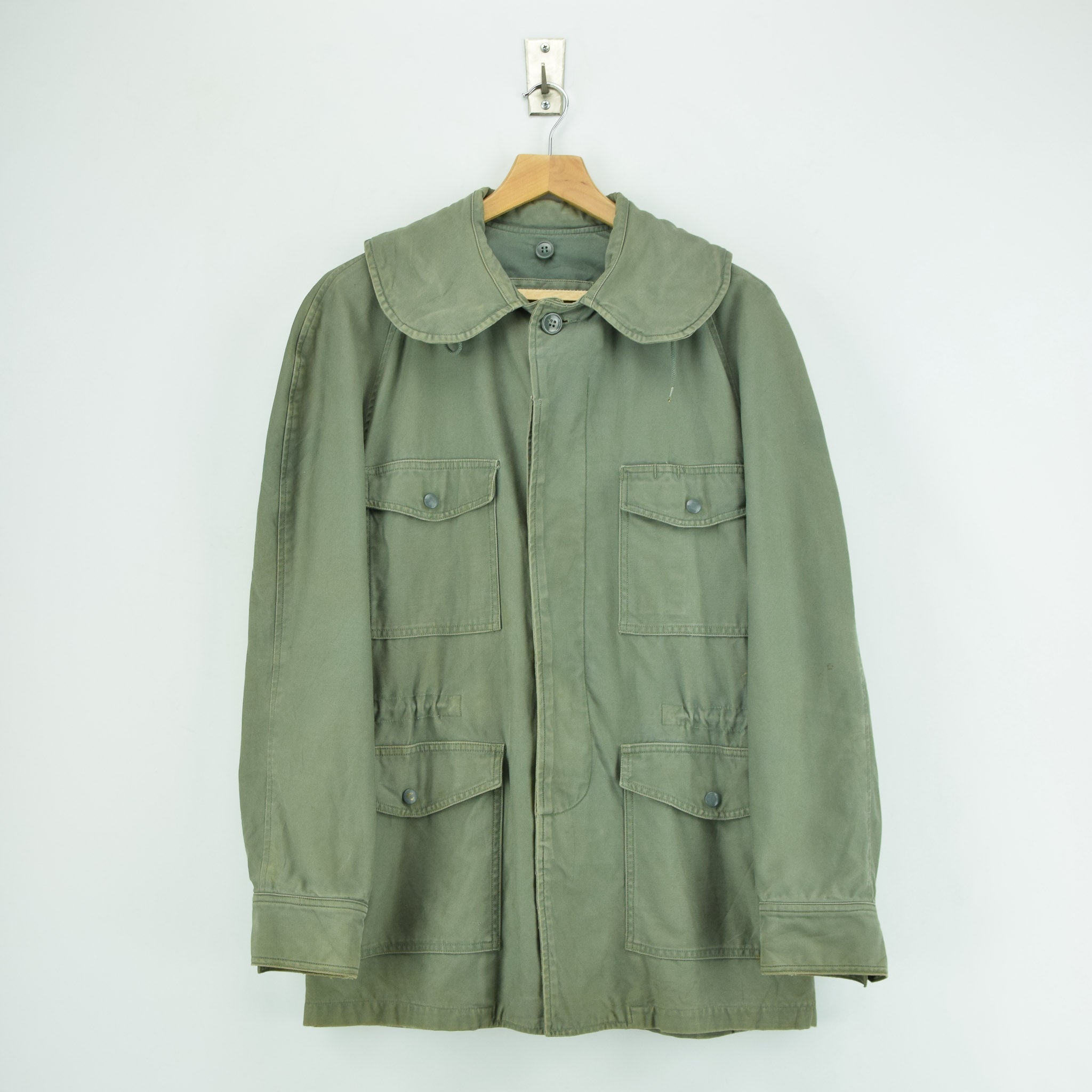 Vintage 60s Vietnam War US Air Force Field Jacket Olive Green USAF M front