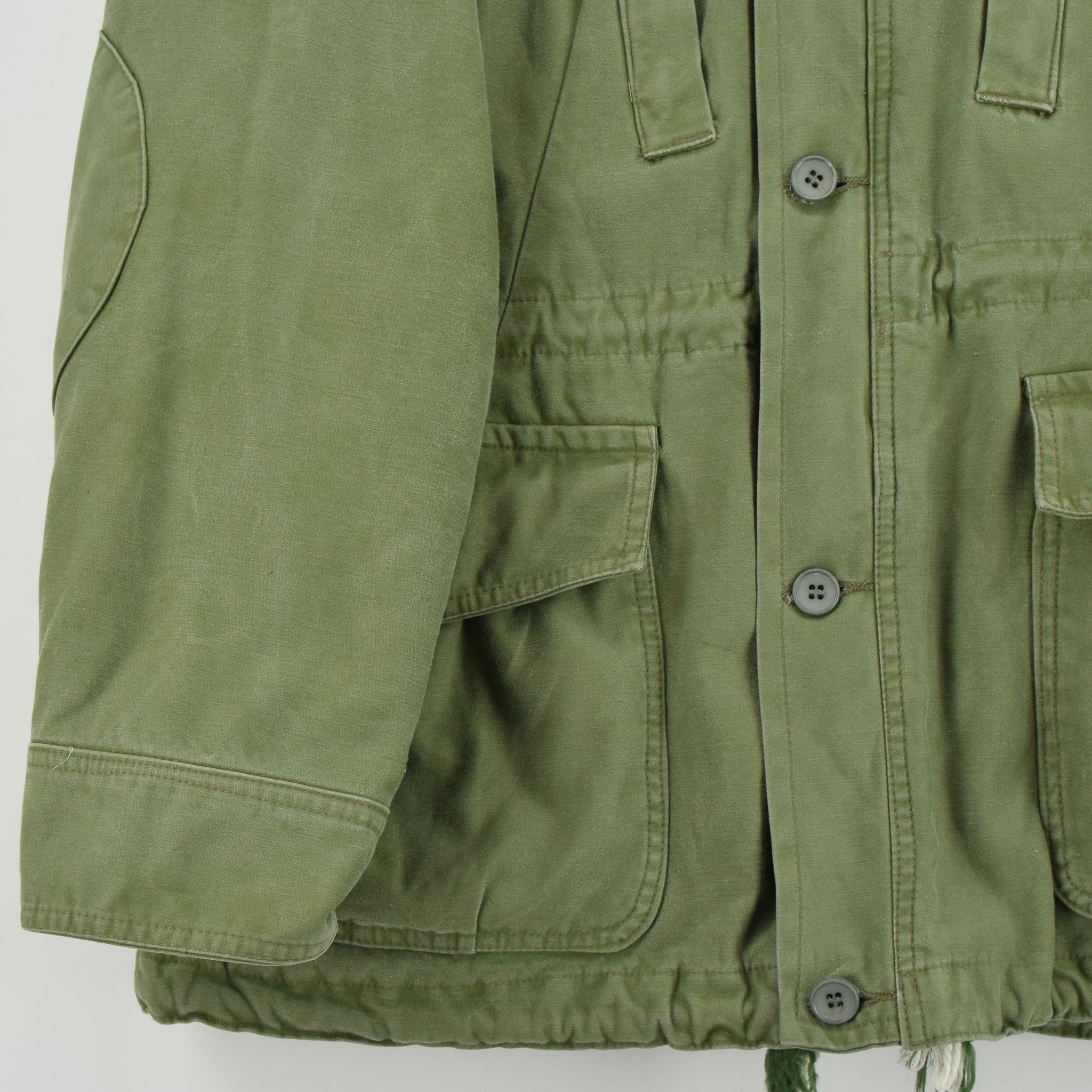 Vintage 90s Irish Army Combat Tunic Field Jacket Green Made in Ireland M front hem