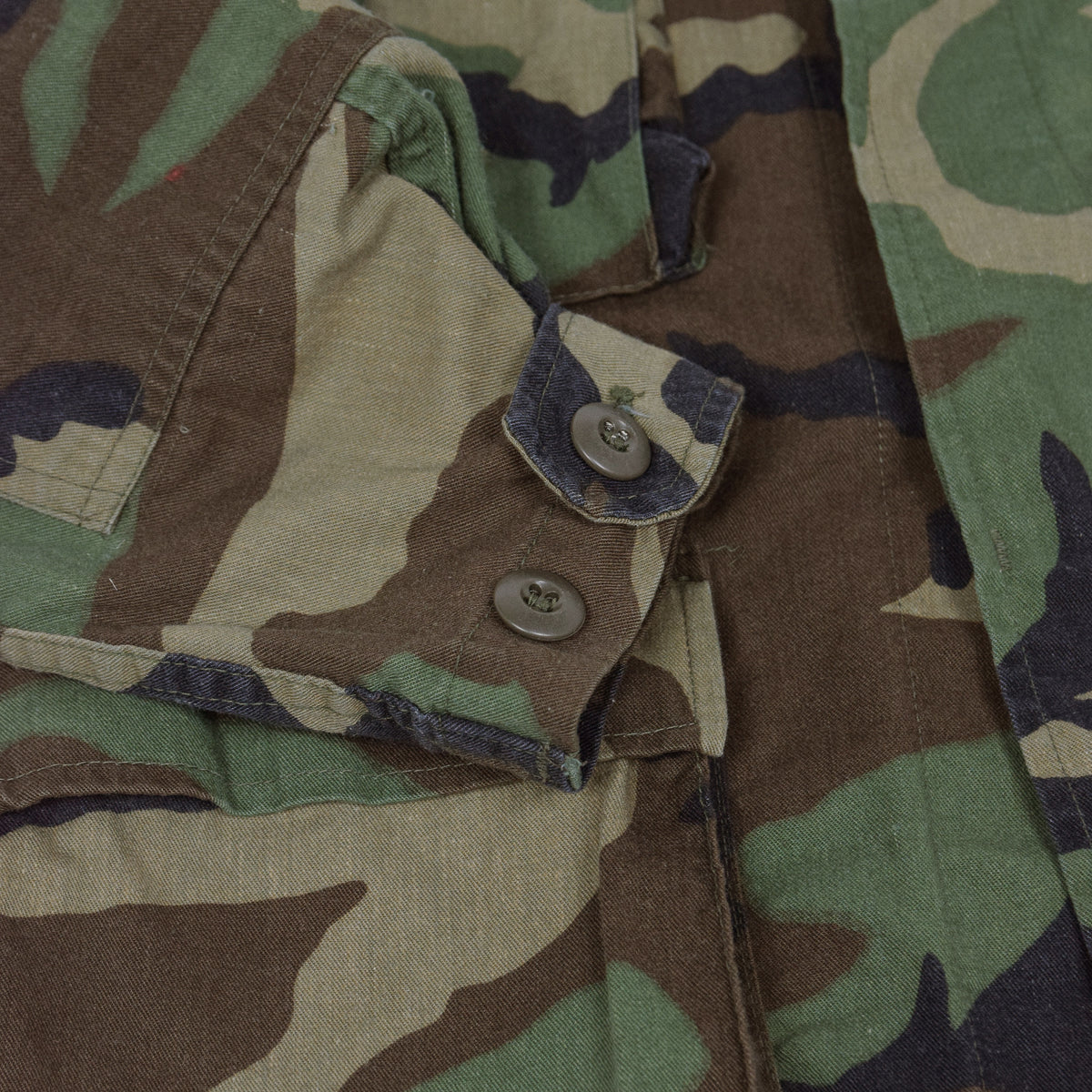 Vintage US Army Woodland Camouflage Combat Coat Field Jacket XS cuff