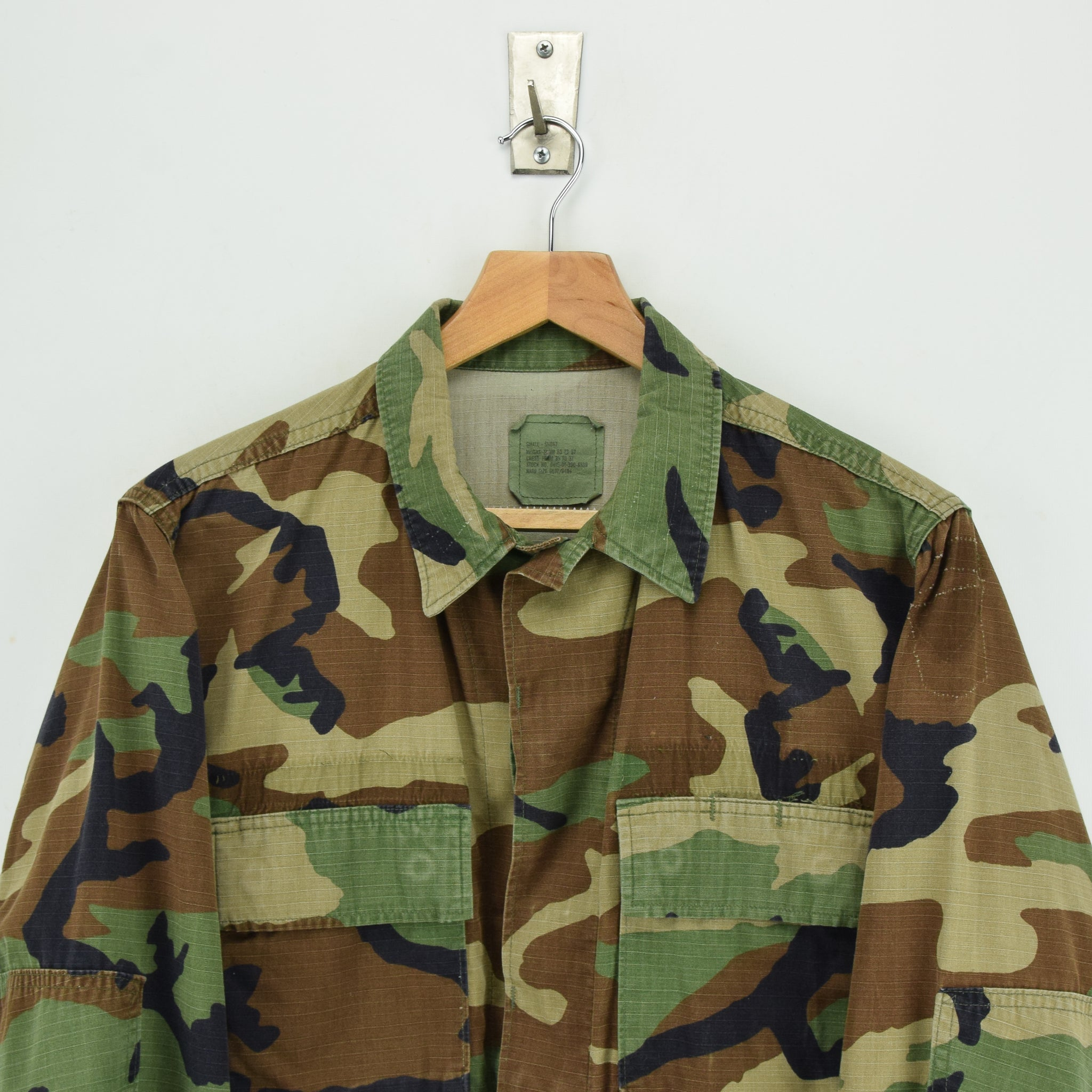 Vintage US Army Hot Weather Woodland Camouflage Combat Coat Field Jacket S chest