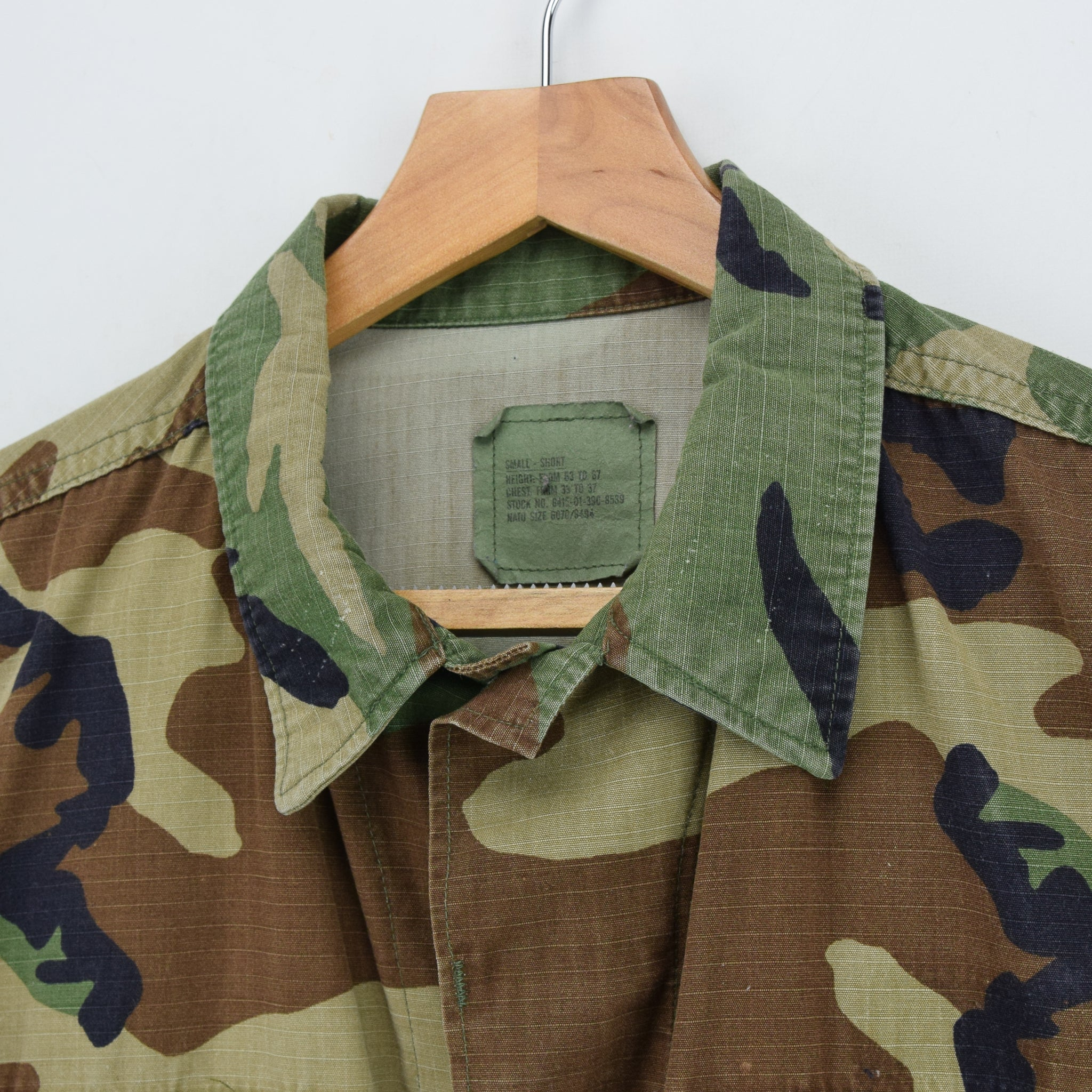 Vintage US Army Hot Weather Woodland Camouflage Combat Coat Field Jacket S collar