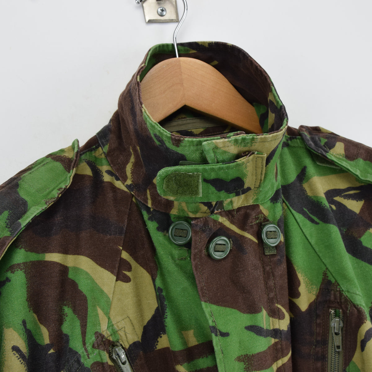 Vintage 80s British Aircrew RAF Combat Temperate MK 2 Camo Jacket M / L collar