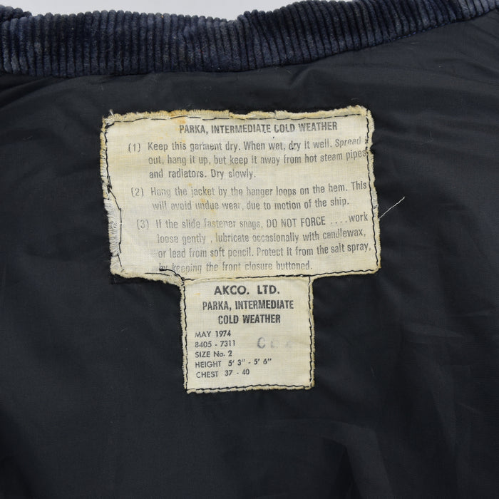 Vintage 70s Canadian Navy Cold Weather Intermediate Parka Lightning Zip S / M labels