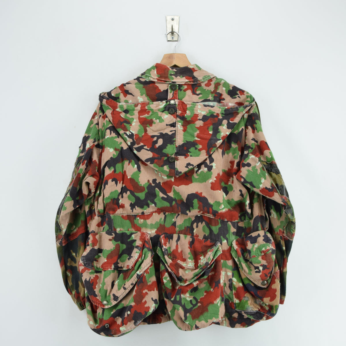 Vintage 70s Swiss Army Alpenflage Camo Swedish Sniper Combat Field Jacket S / M back