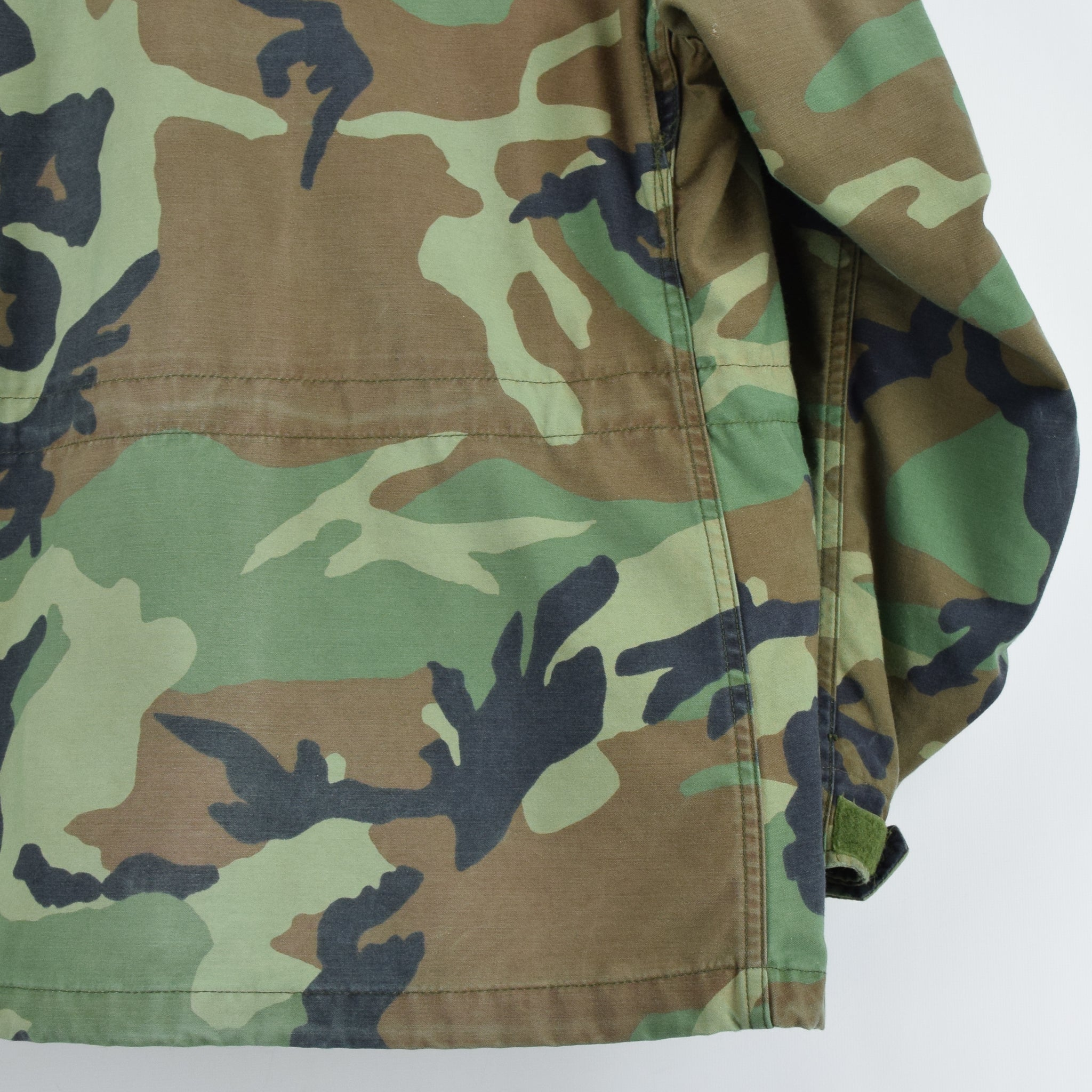 Vintage 90s M-65 Woodland Camouflage Field Coat US Army Cotton Military Jacket M back hem