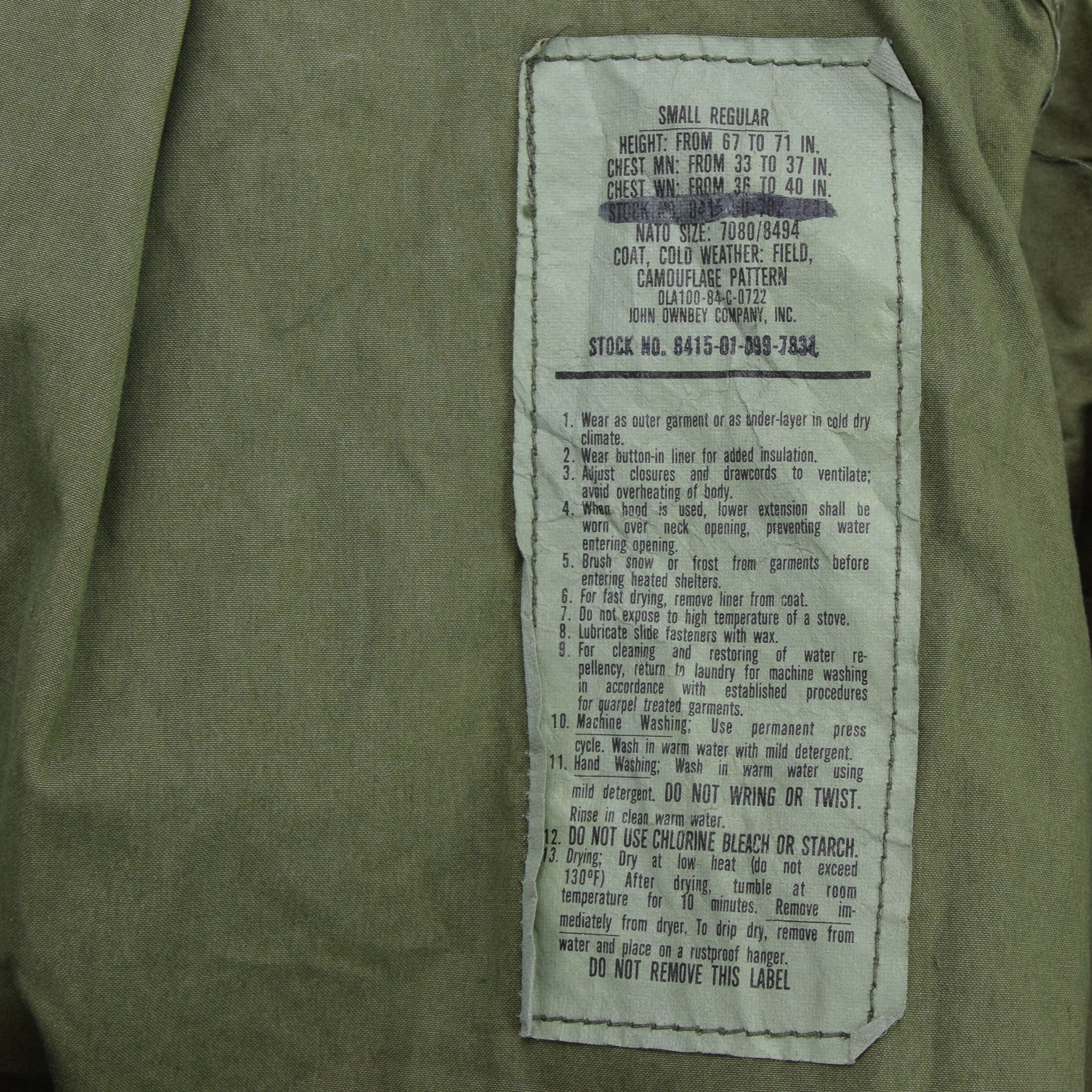 Vintage 80s M-65 Woodland Camouflage Field Coat USAF Cotton Military Jacket S label