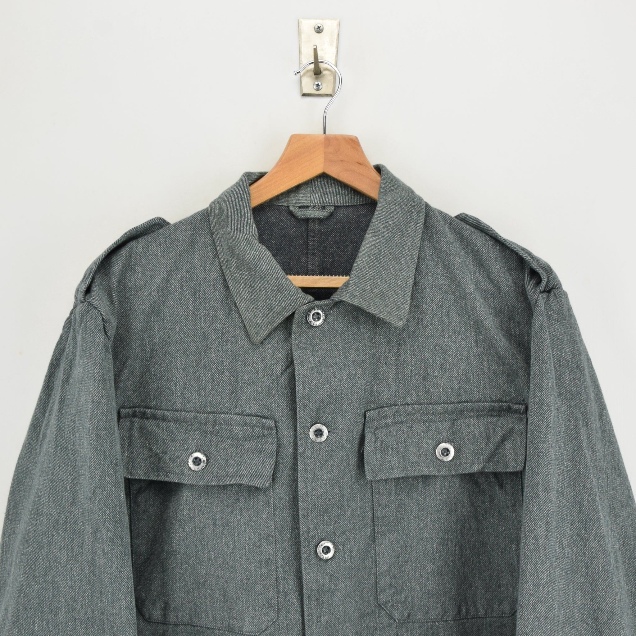 Vintage 40s WWII Era Swiss Army Salt & Pepper Worker Chore Jacket L chest