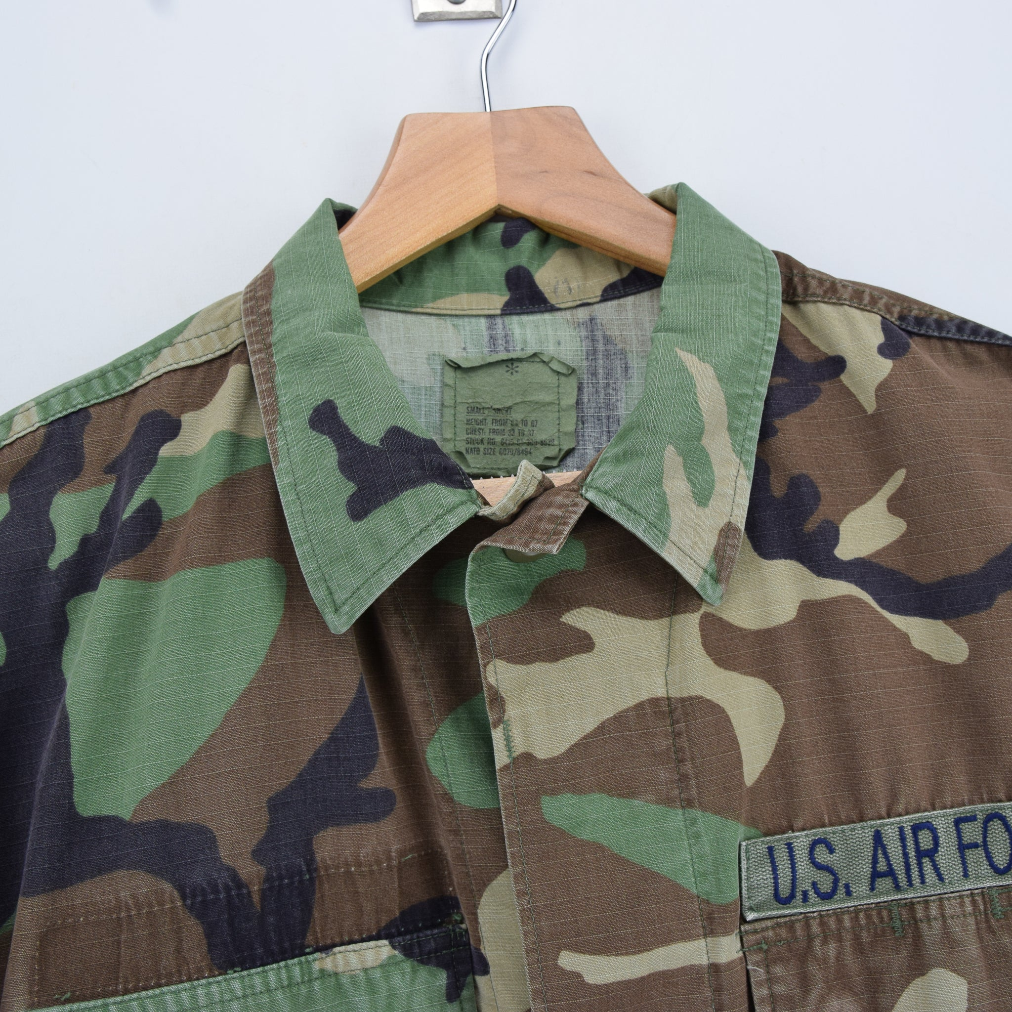 Vintage 90s US Air Force Woodland Camouflage Combat Coat Field Jacket S Short collar