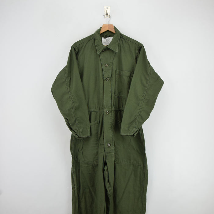 Vintage 80s USAF Overalls Flying US Air Force Utility Coverall Green Flight Suit M front