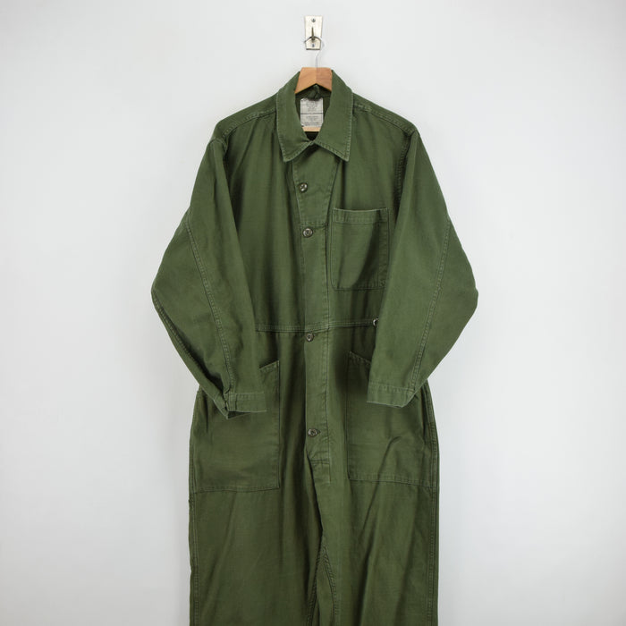 Vintage 80s USAF Overalls Flying US Air Force Utility Coverall Green Flight Suit L front