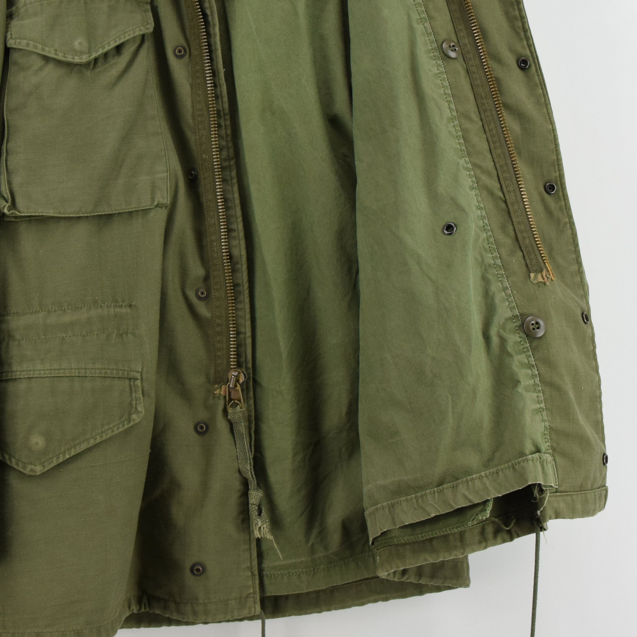 Vintage 80s Alpha Industries M-65 Green Coat Cold Weather Man's Field Jacket S lining