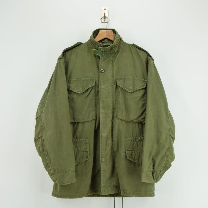 Vintage 80s Alpha Industries M-65 Green Coat Cold Weather Man's Field Jacket S front