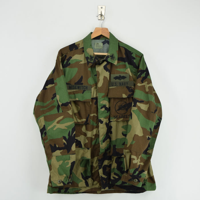 Vintage Deadstock 80s US Navy Woodland Camo Seabees BDU Combat Coat M Long front