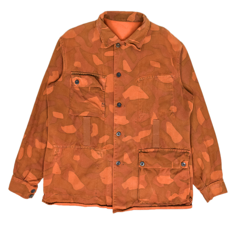 Vintage 70s Military Finnish Army Orange Overdyed Camo Mountain Jacket L / XL FRONT