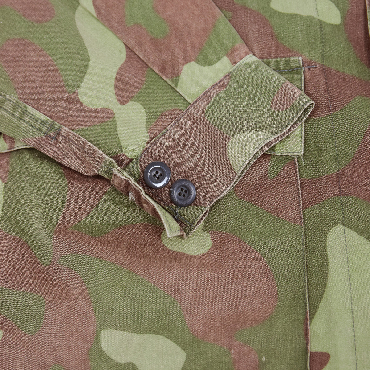 Vintage 80s Military Finnish Army Green Camo Mountain Field Jacket XL cuff
