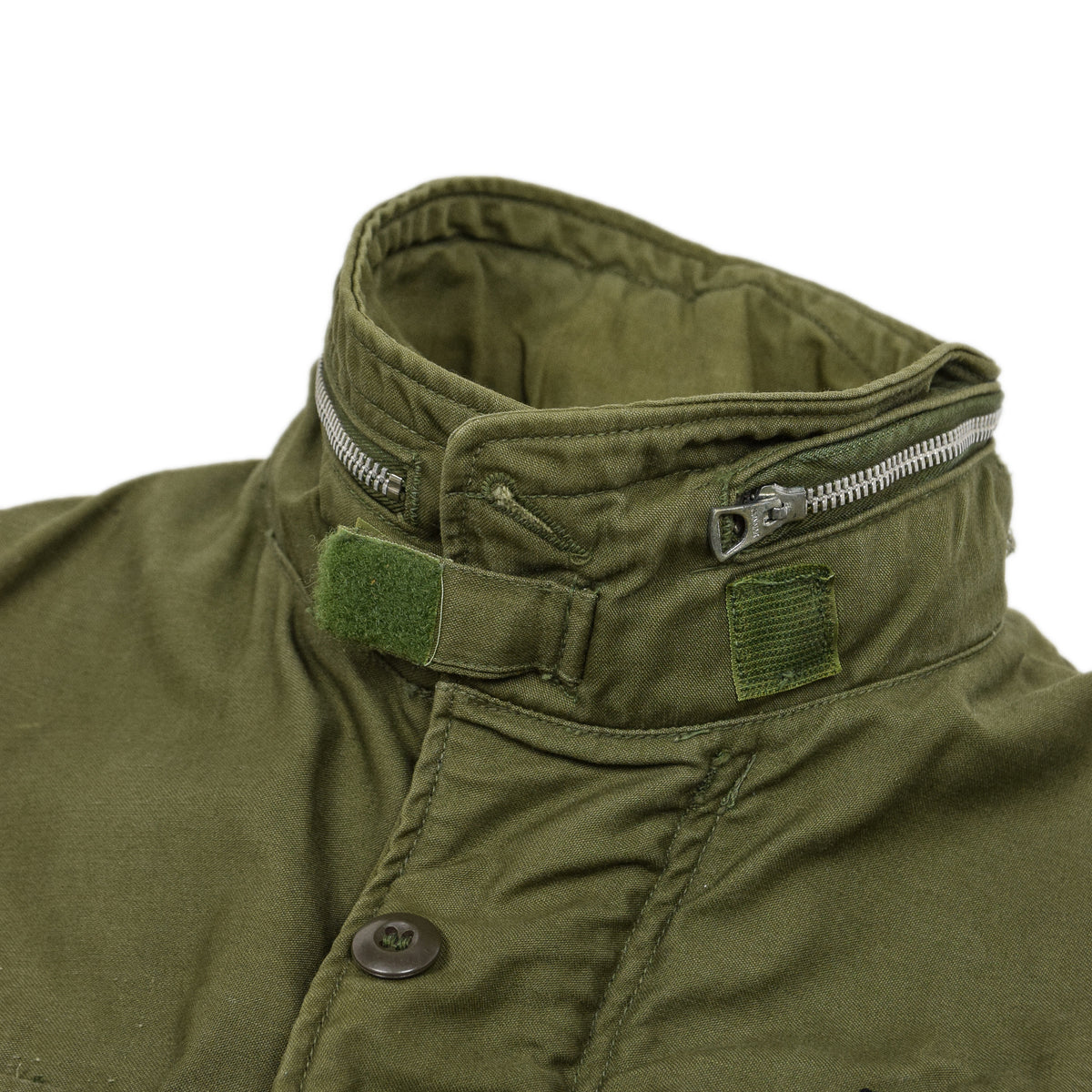 Vintage 60s Vietnam M-65 Man's Field Sateen 0G-107 Green US Army Coat S / M collar fastening