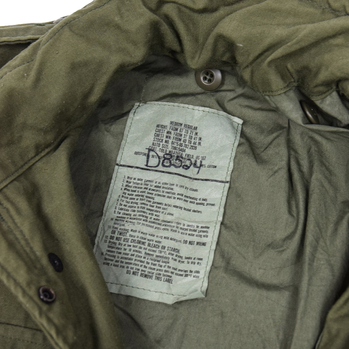 Vintage 80s M-65 Man's Field Cotton Sateen 0G-107 Green US Army Coat M label