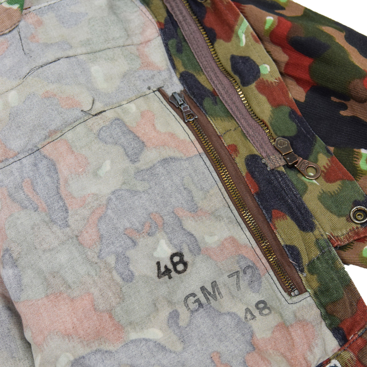 Vintage 70s Swiss Army Alpenflage Camo Sniper Combat Field Jacket M / L print
