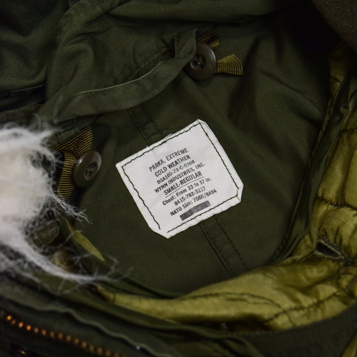 Vintage 70s US Military Darned Fine Reworked M-65 Fishtail Parka Small Oversized internal label