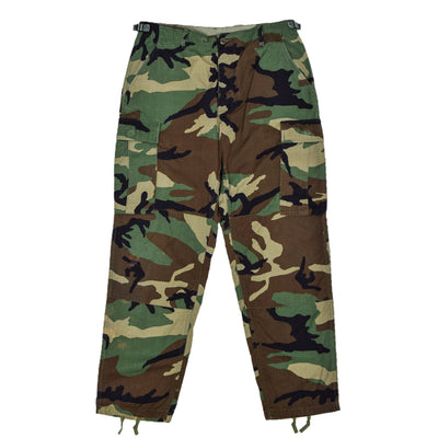 Vintage 90s US Army Camo Cold Weather Cargo Combat Field Trousers M Reg front