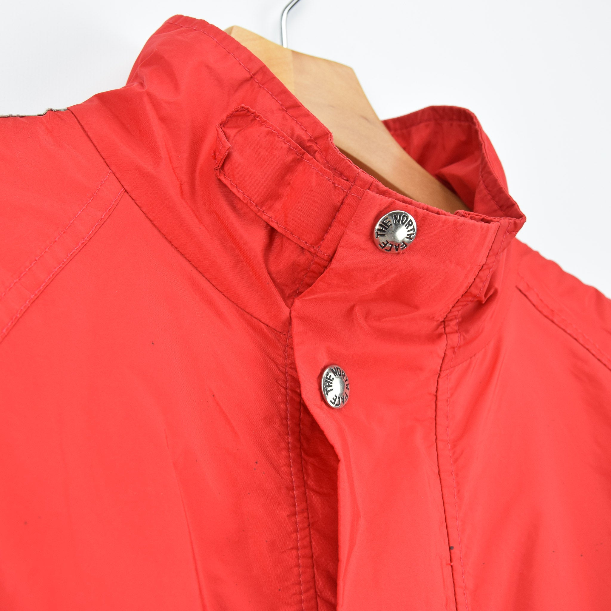 Vintage North Face Red Goretex Velo Biker Jacket Made in USA M collar