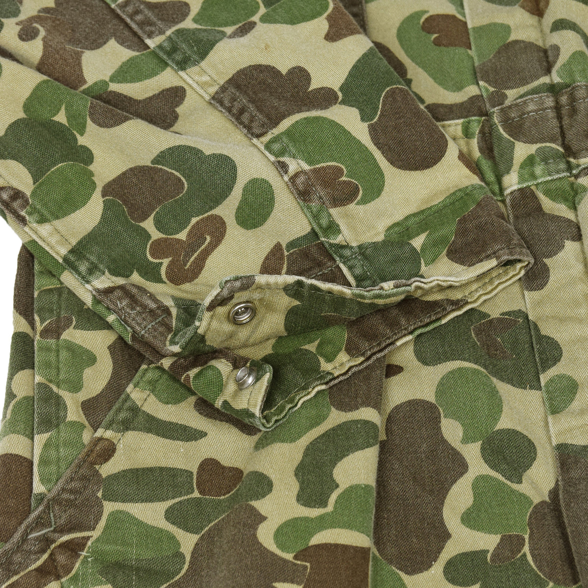 Vintage Walls Master Made Duck Camo Hunting Coveralls Made in USA L cuff