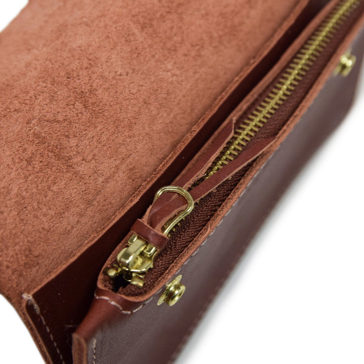 Red Wing Oro Russet Leather Trucker Wallet Made in USA zip detail