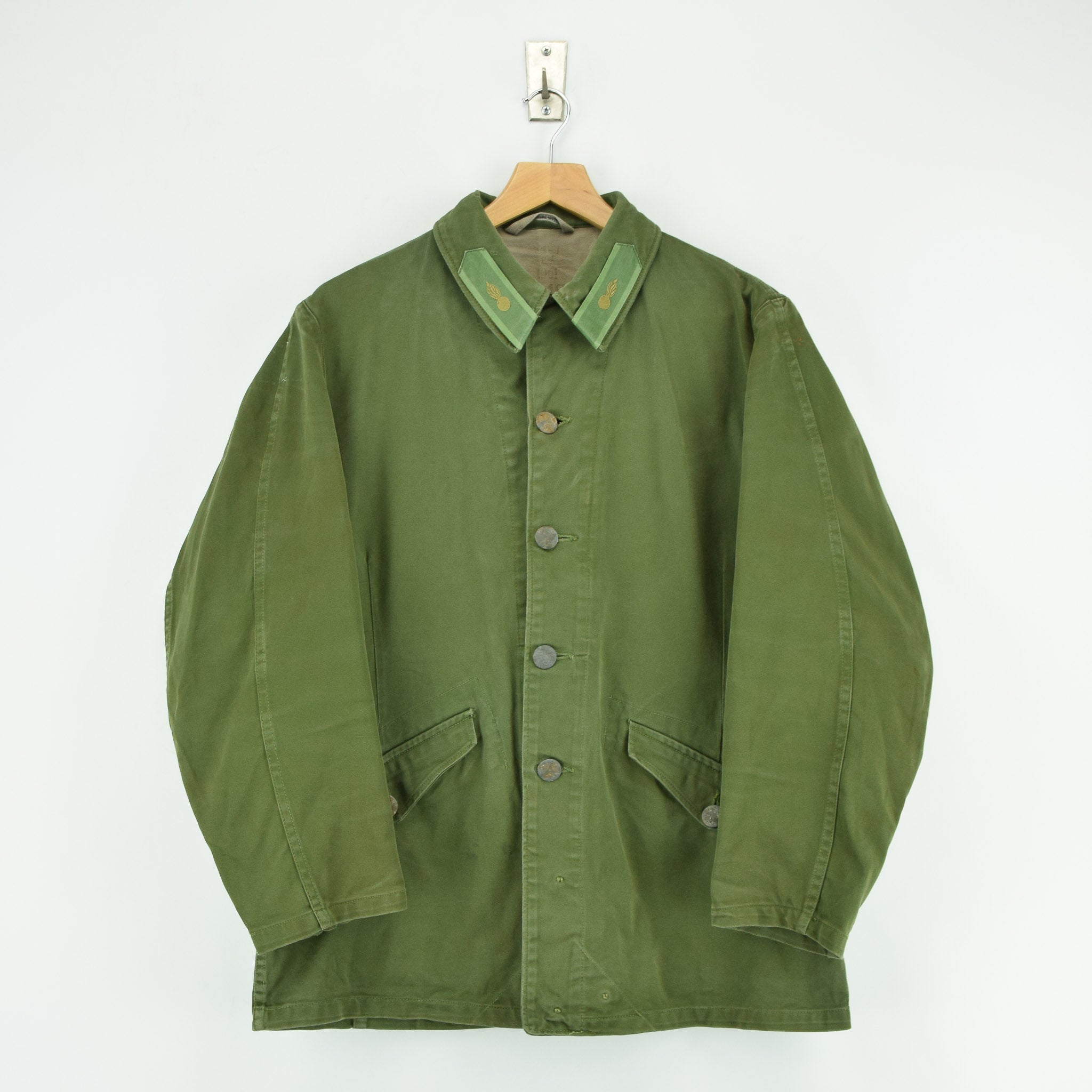 Vintage Well Worn Swedish M59 Field Military Green Worker Style Jacket M / L front