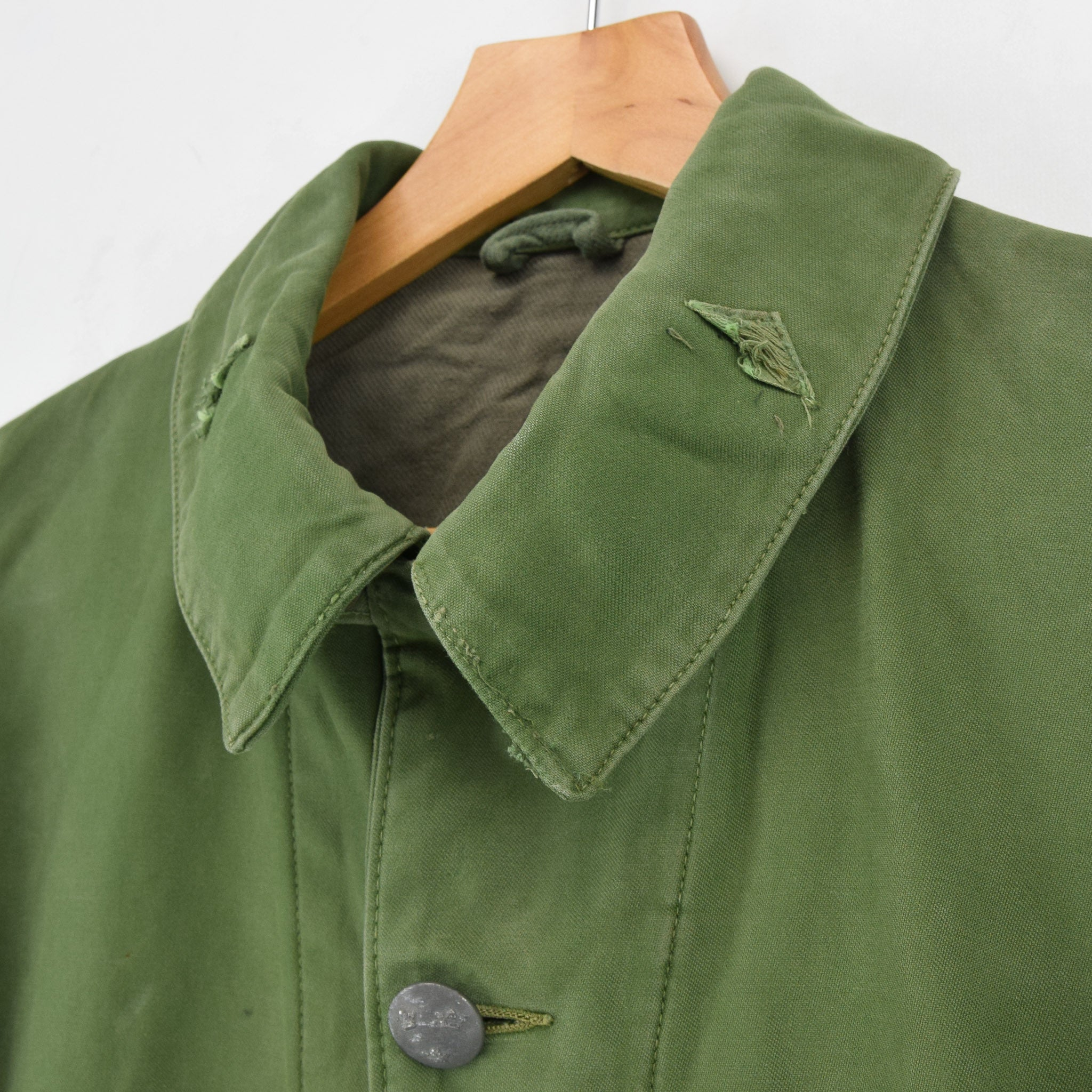 Vintage Well Worn Swedish M59 Field Military Olive Green Worker Style Jacket M collar