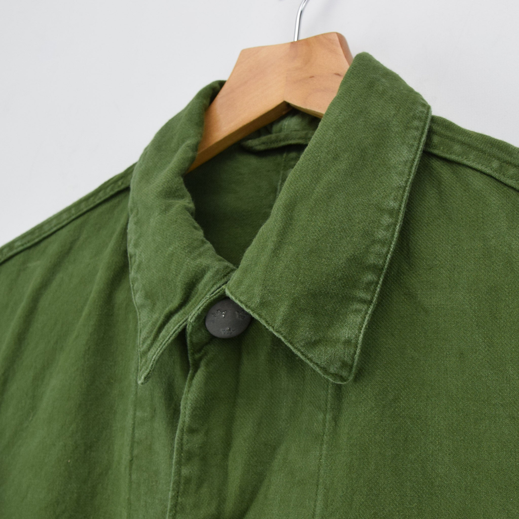 Vintage 60s Swedish Military Field Jacket Worker Style Distressed Green S collar