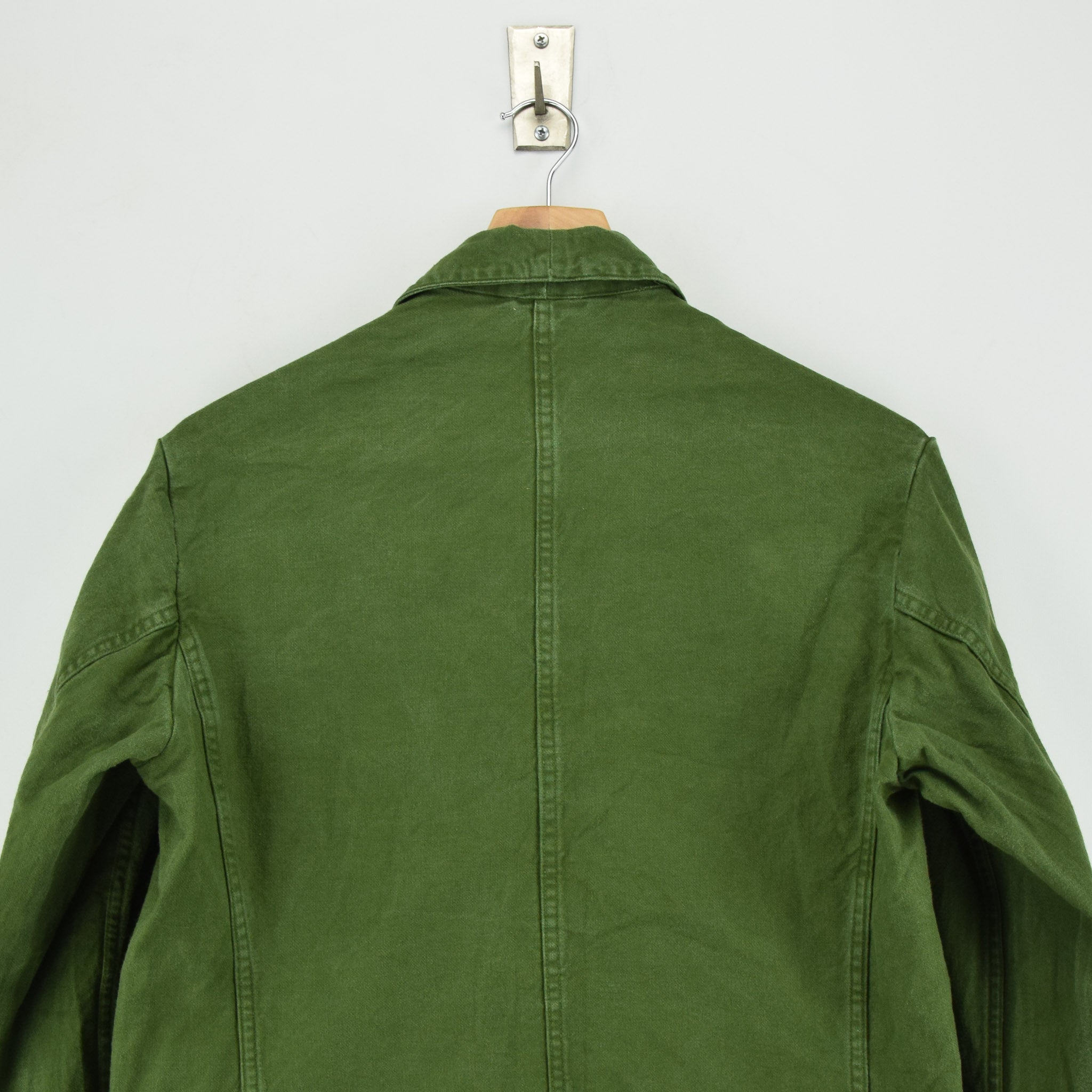 Vintage 60s Swedish Military Field Jacket Worker Style Distressed Green S shoulders