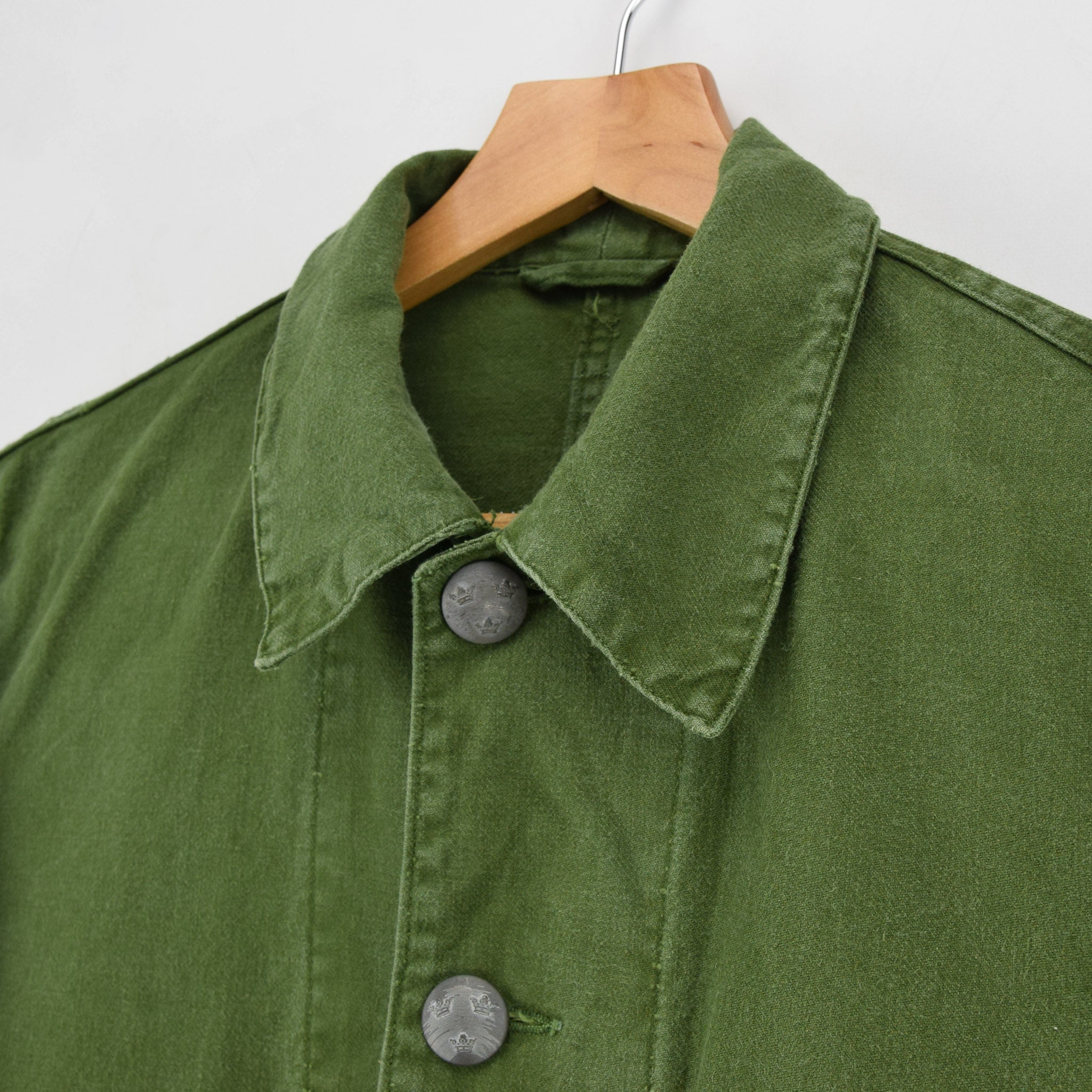 Vintage 60s Swedish Military Field Jacket Worker Style Distressed Green S / M collar
